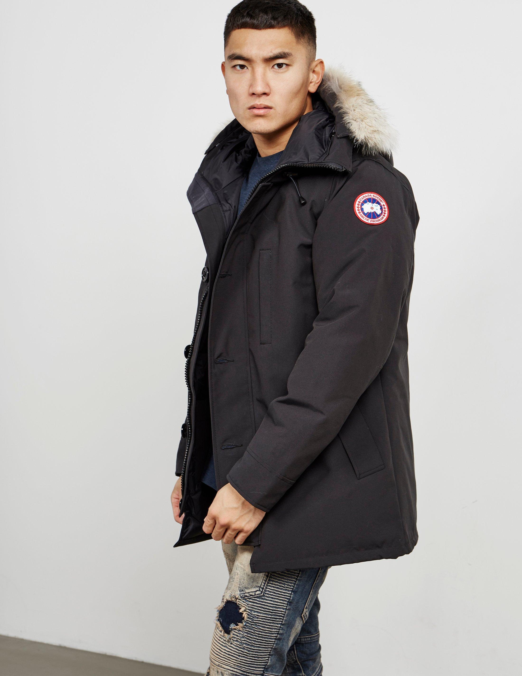 f5f548902fc Canada Goose - Chateau Padded Parka Jacket Black for Men - Lyst. View  fullscreen