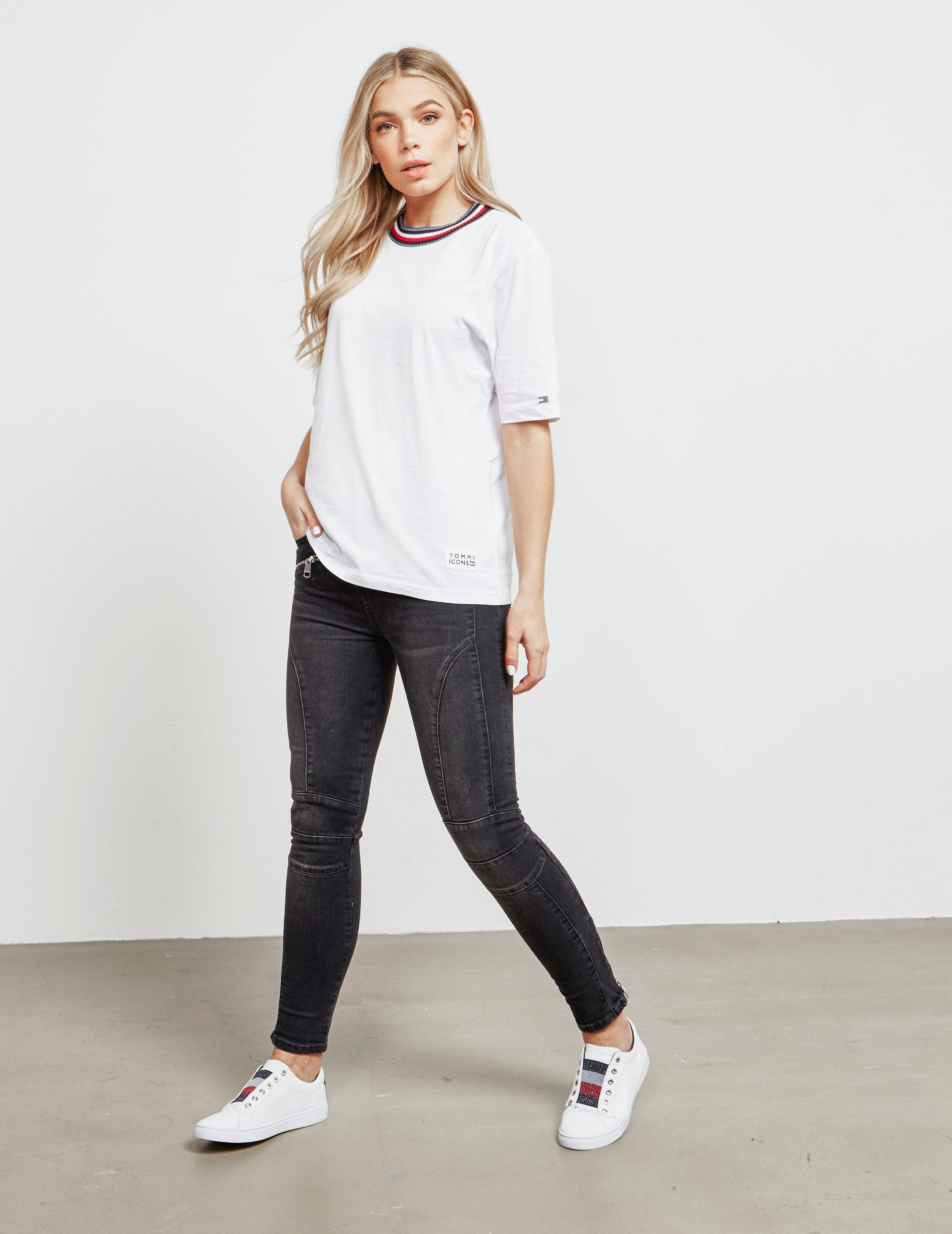 4f1447124 Tommy Hilfiger Tira Short Sleeve T-shirt White in White - Lyst