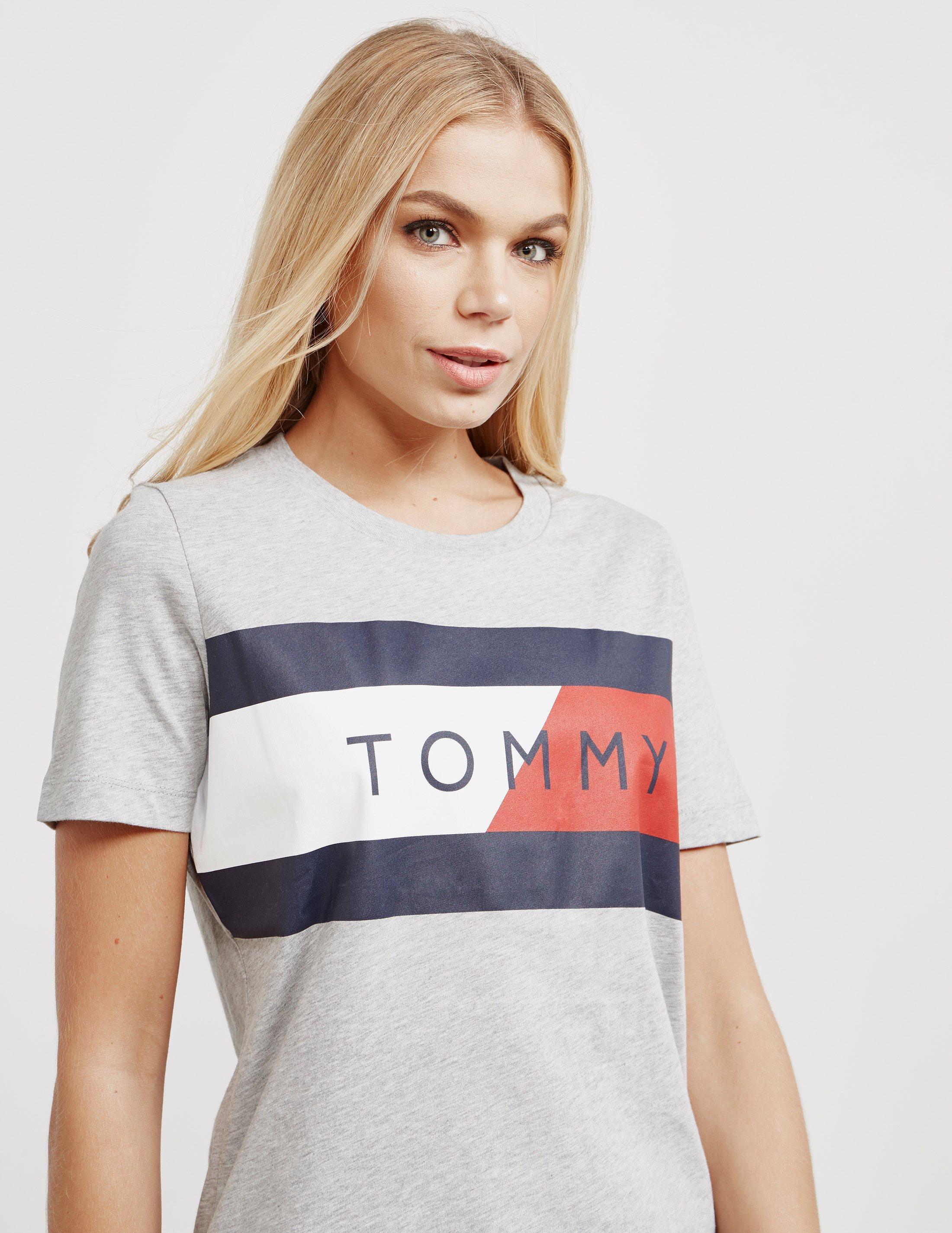 3cc6e94c55fe5 Tommy Hilfiger Womens Athletic Logo Flag Short Sleeve T-shirt Grey ...