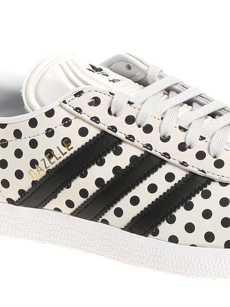 Lyst adidas originali del colore gazzella scarpe a pois