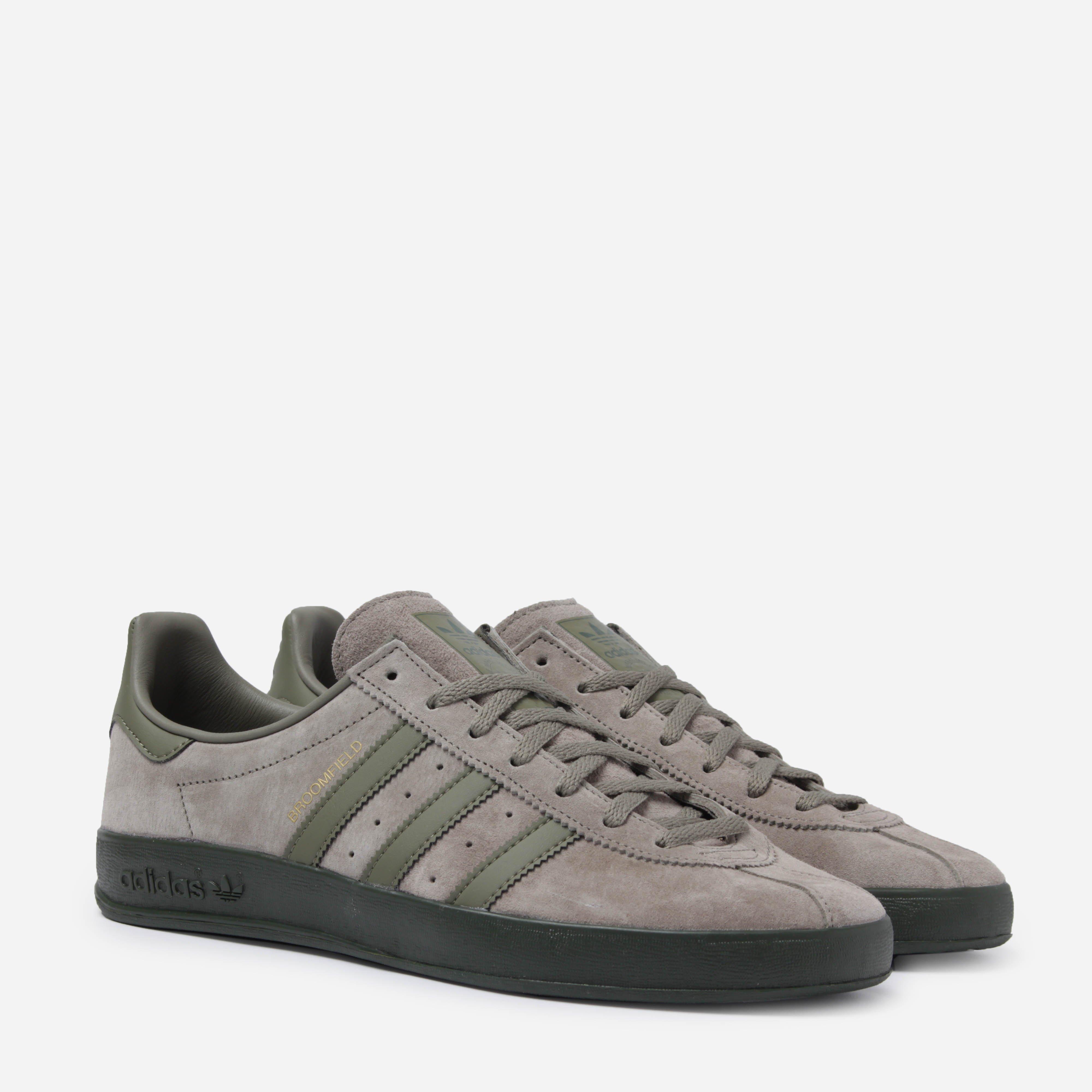 newest 2b0cd 04423 adidas Originals