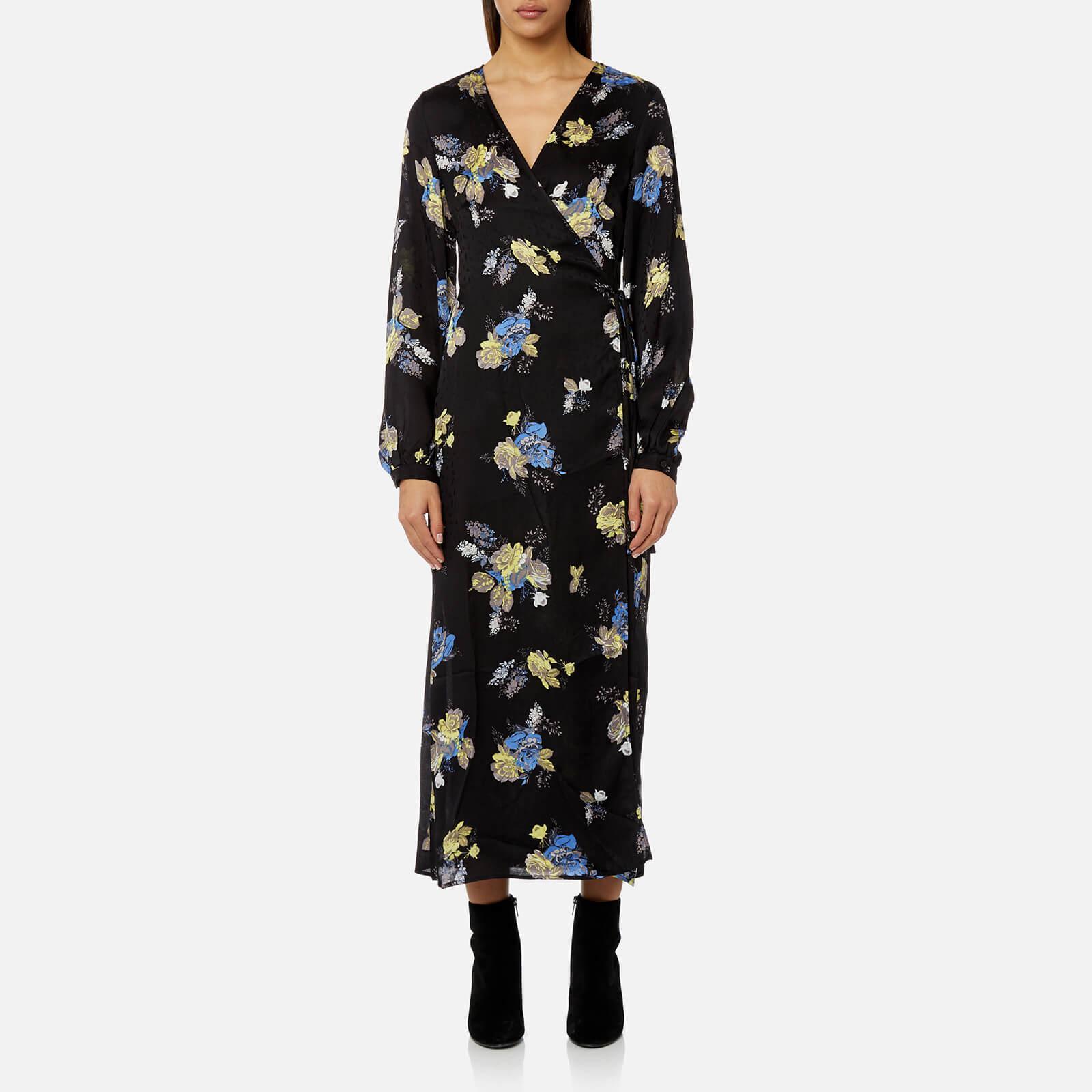 9d06245914c2 Gestuz Aia Flower Maxi Dress in Black - Lyst