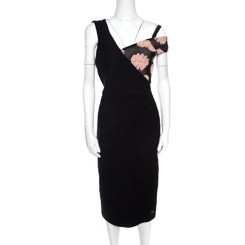 120b6f064df Lyst - Roland Mouret Black Cotton Daisy Applique Detail Off Shoulder ...