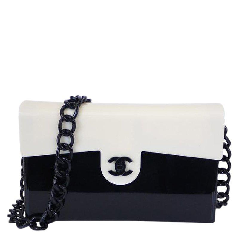 fe8fdbe3f95536 Chanel Black/white Plastic Vintage Classic Flap Bag in White - Lyst