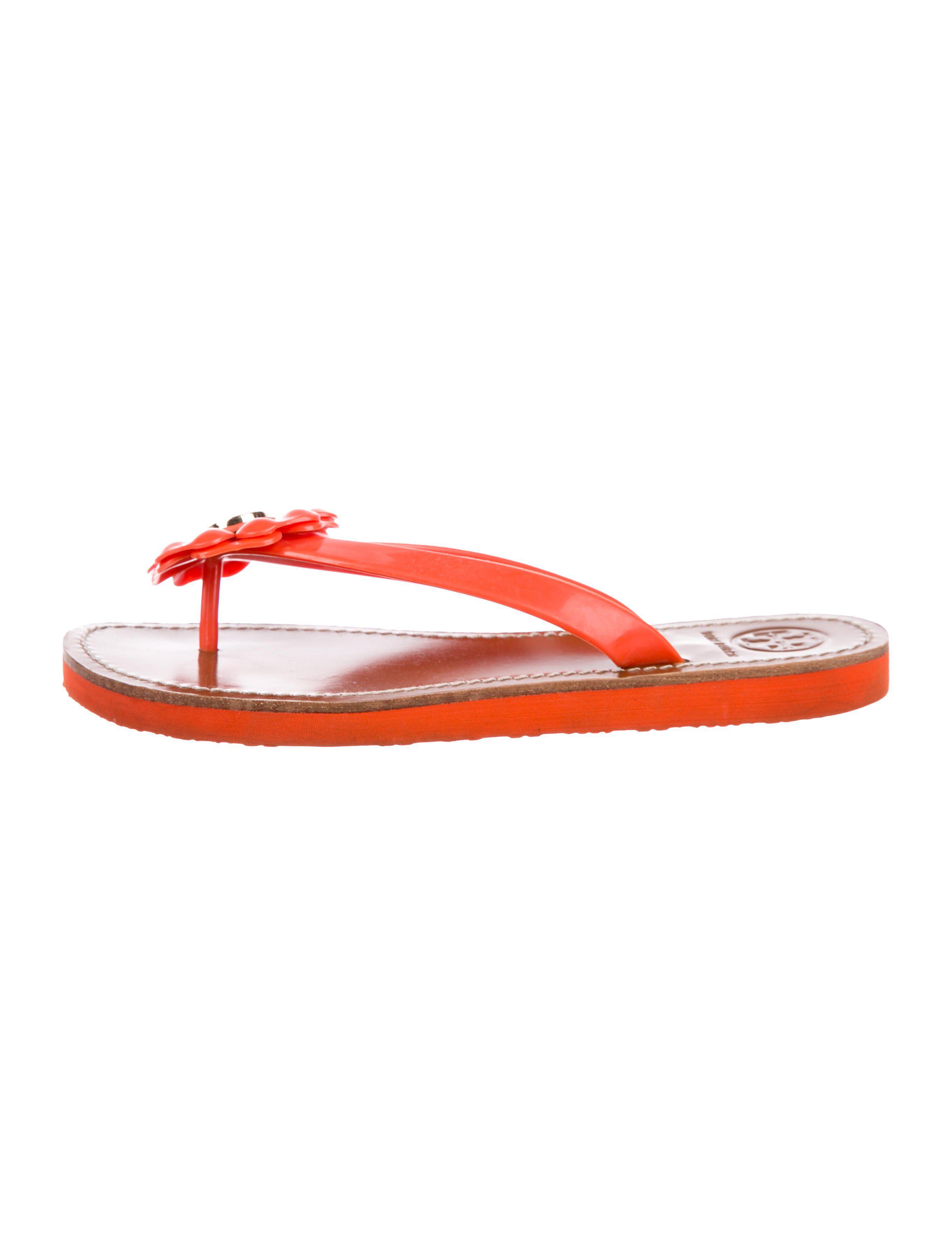 80a2ca913d27 Lyst - Tory Burch Adalia Thong Sandals Orange in Metallic