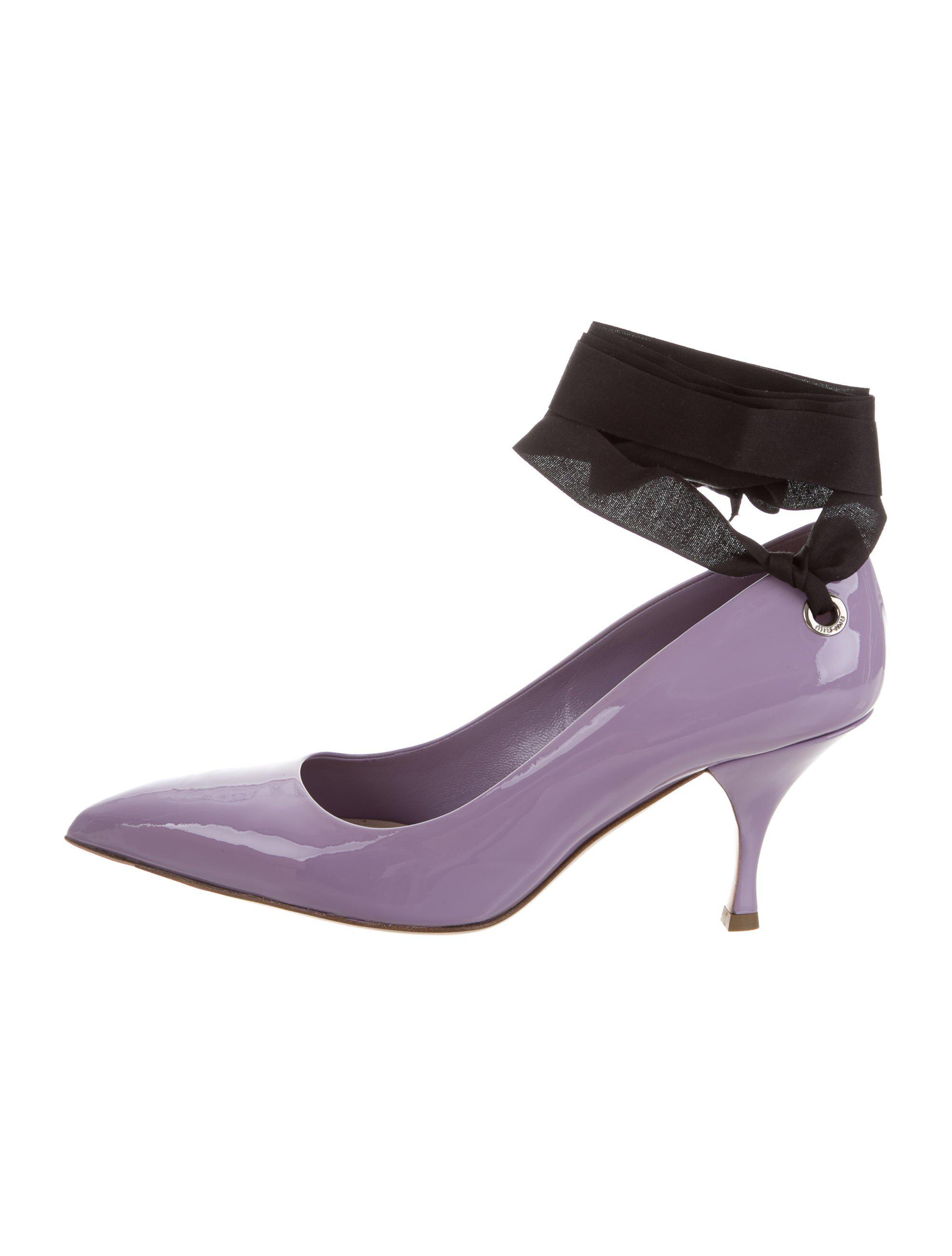 very cheap sale online Miu Miu Bow Patent Leather Pumps w/ Tags buy cheap many kinds of sast for sale sale really vhFGJU4tH