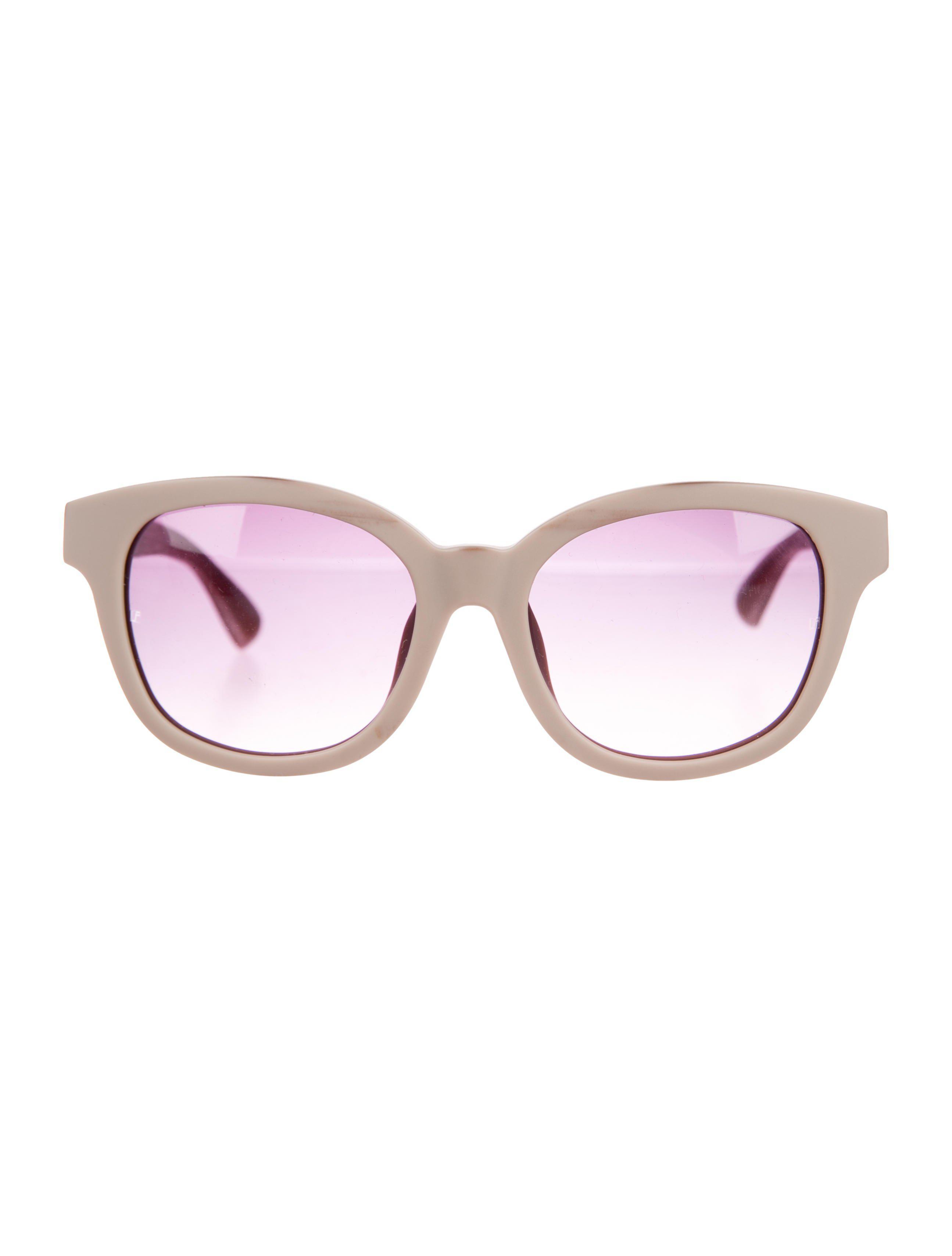 4b93c2fae8d1 Lyst - Linda Farrow Matte Gradient Sunglasses in Purple