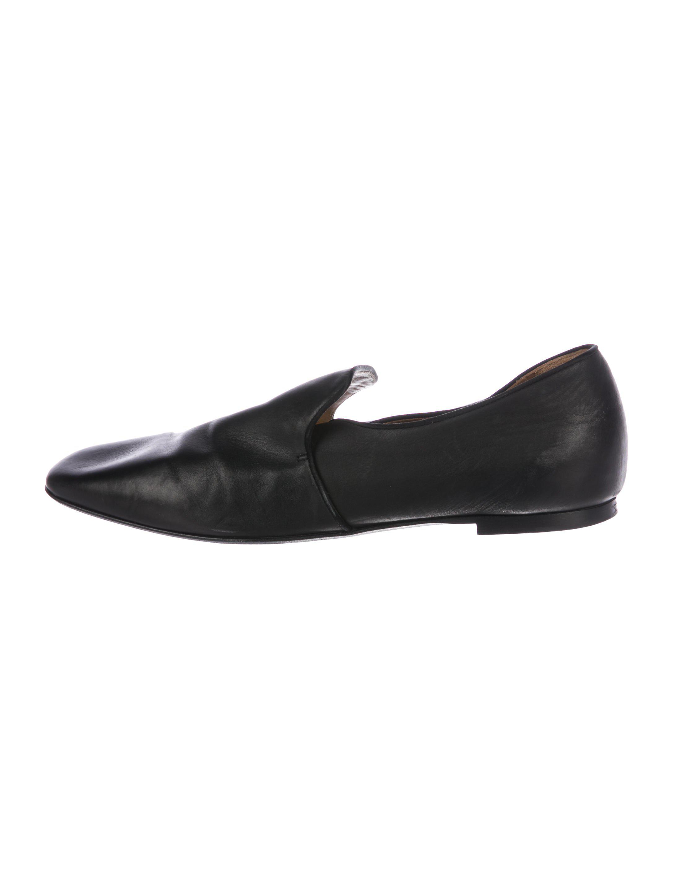 eaaa7b531ff Lyst - The Row Alys Leather Loafers in Black