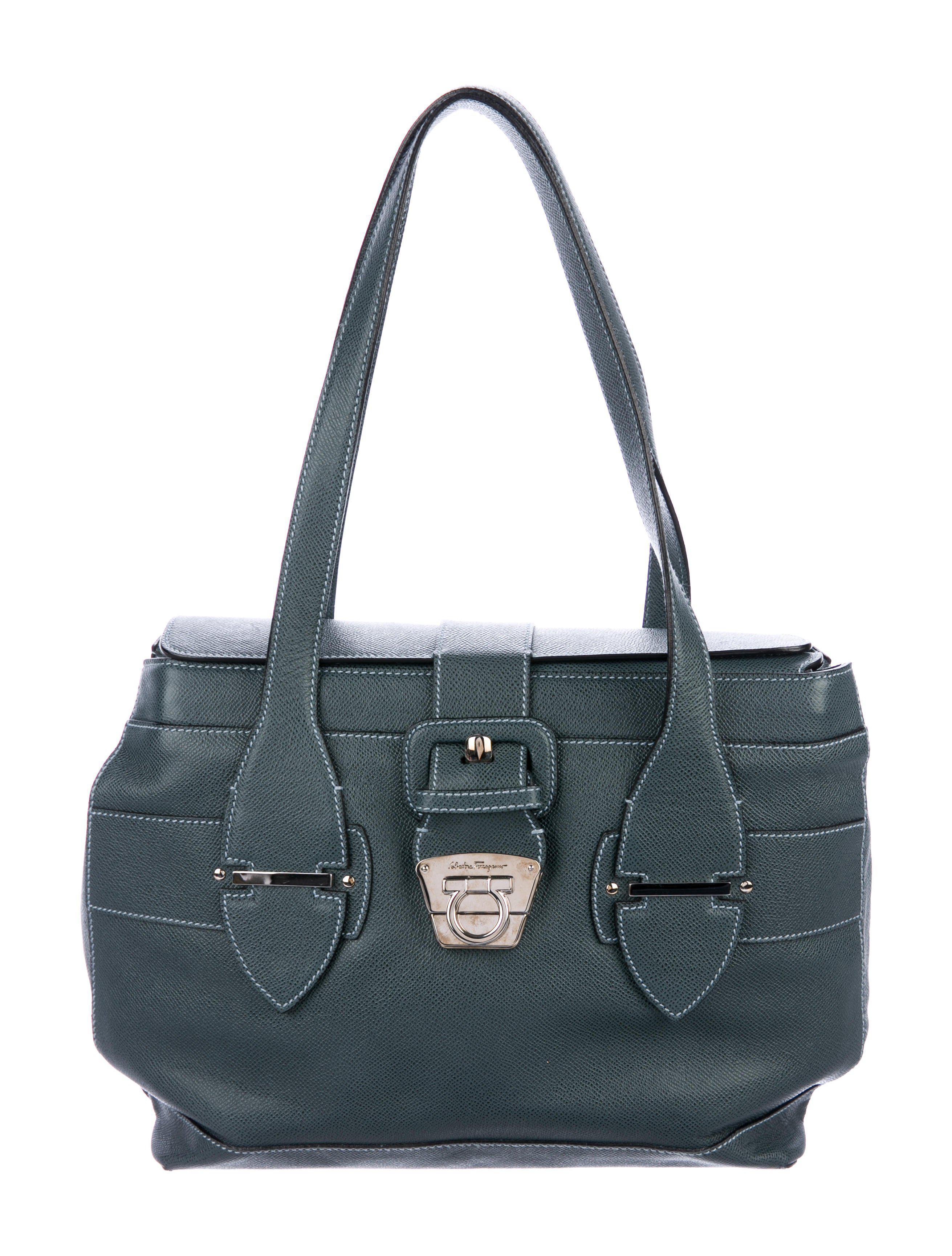 2ce8bbfd1dda Lyst - Ferragamo Textured Leather Shoulder Bag Silver in Metallic