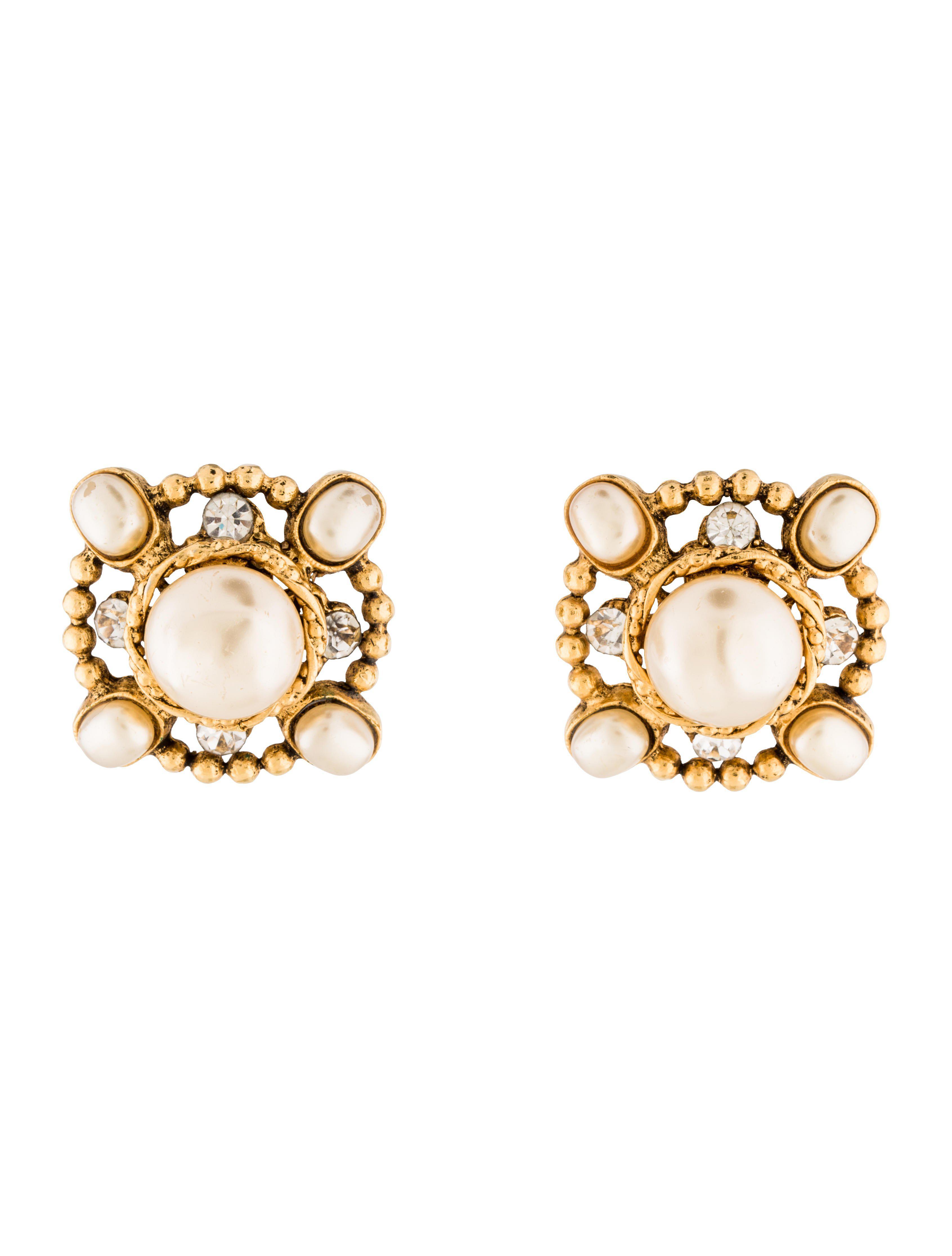 Chanel Women S Metallic Faux Pearl Crystal Clip On Earrings Gold