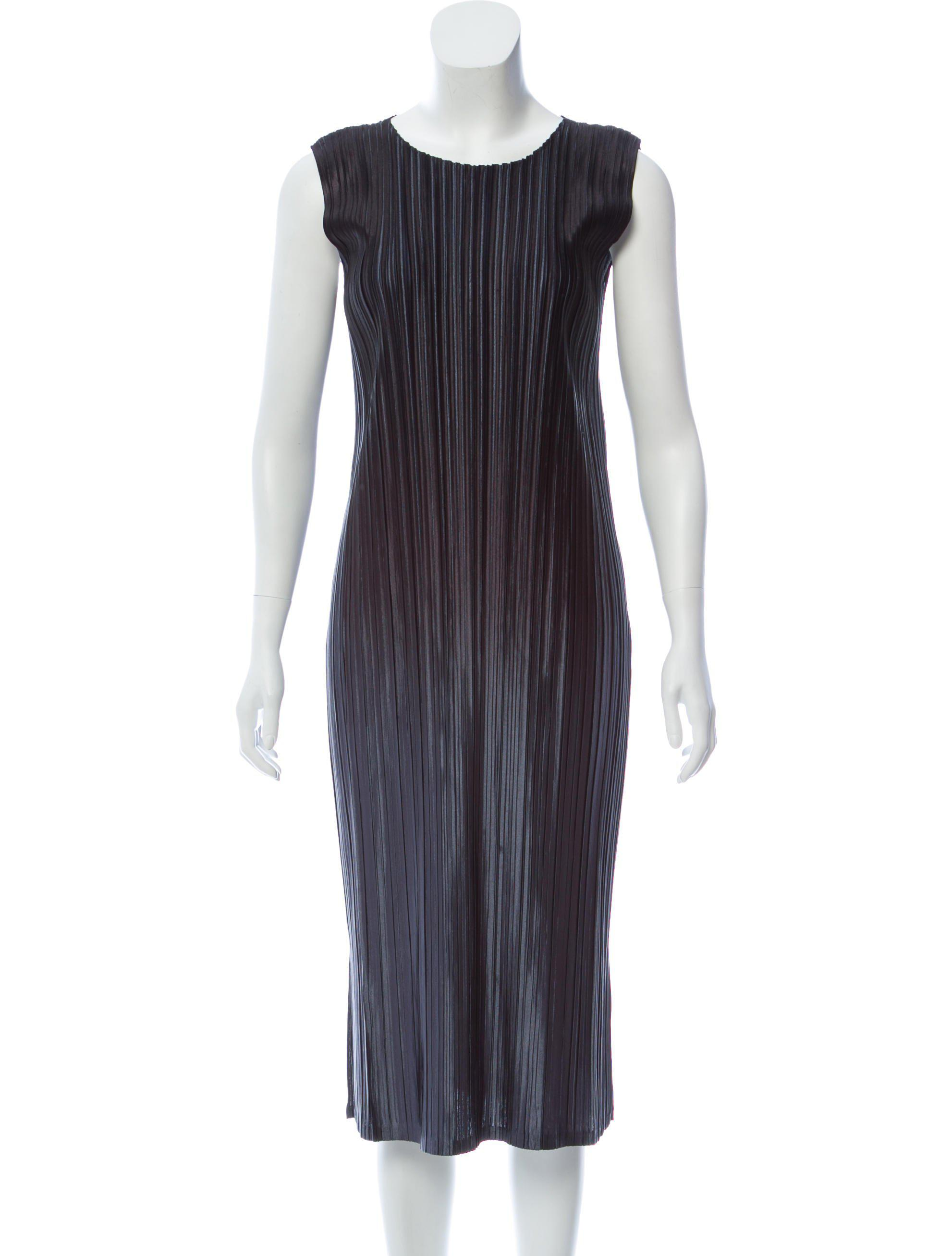 e8b8a4ac13 Lyst - Pleats Please Issey Miyake Plissé Maxi Dress Black in Metallic