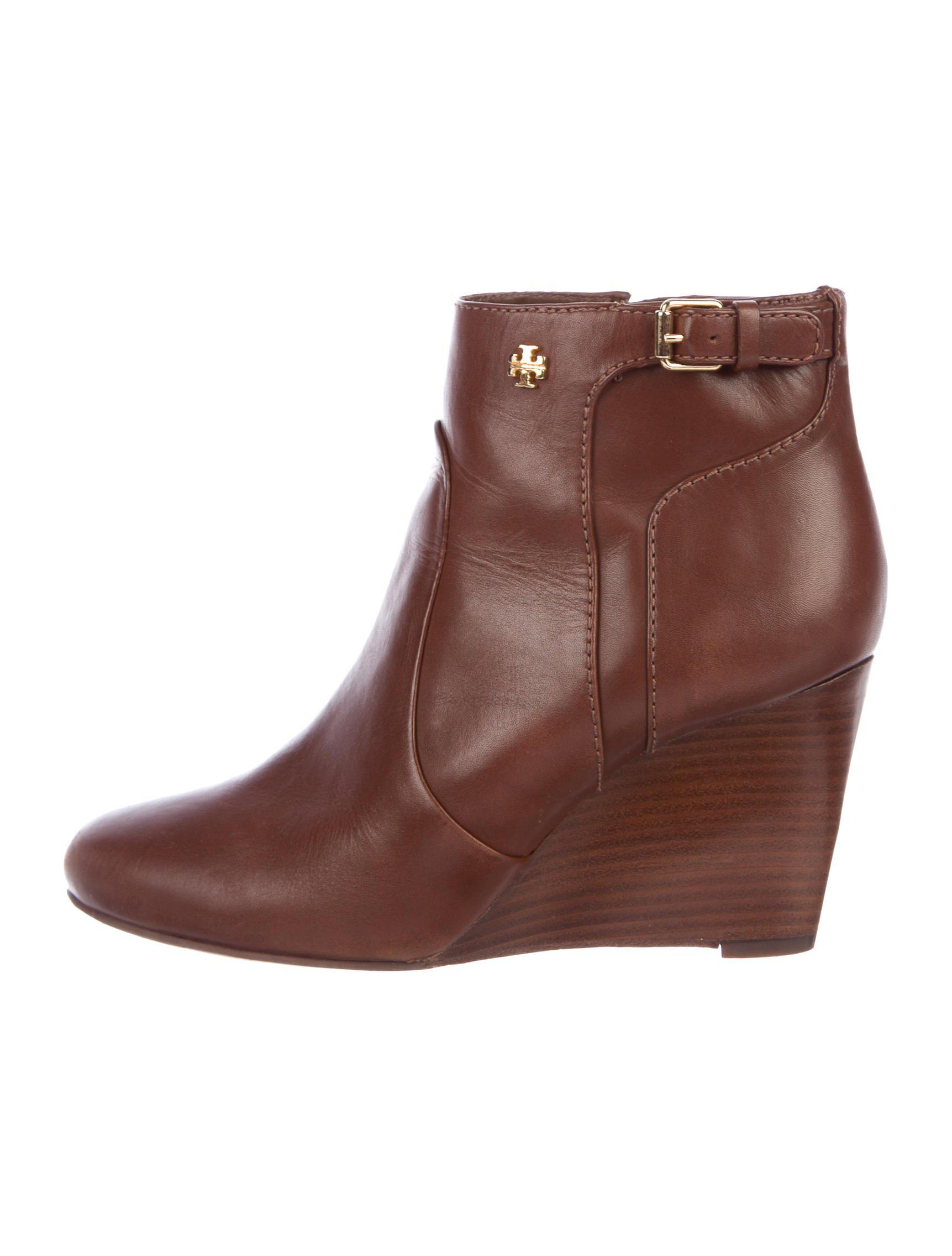 63828ddcab20 Lyst - Tory Burch Milan Leather Wedge Boots Brown in Metallic