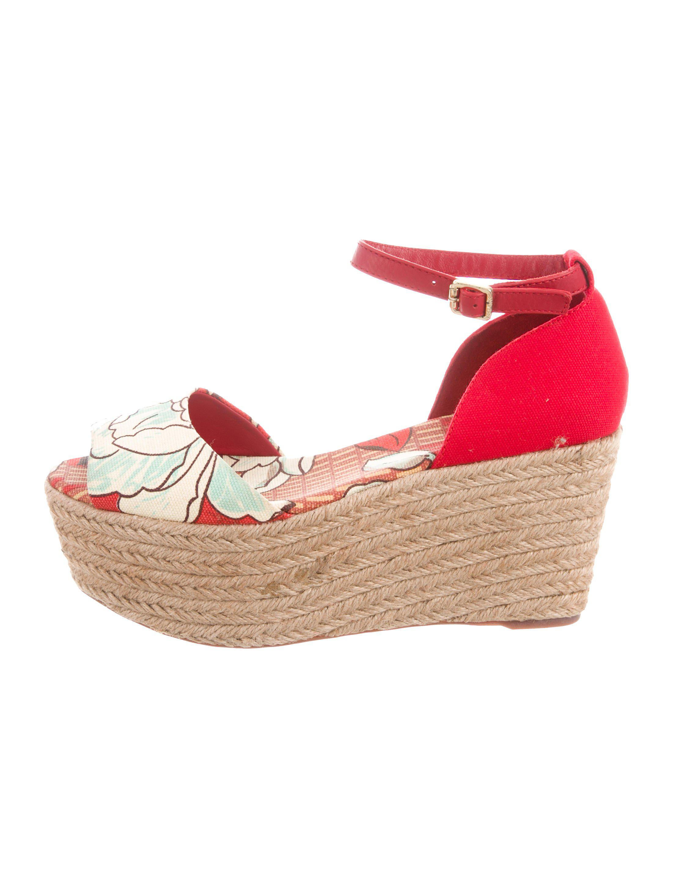 7935a1ea15 Lyst - Tory Burch Canvas Espadrille Wedges in Red