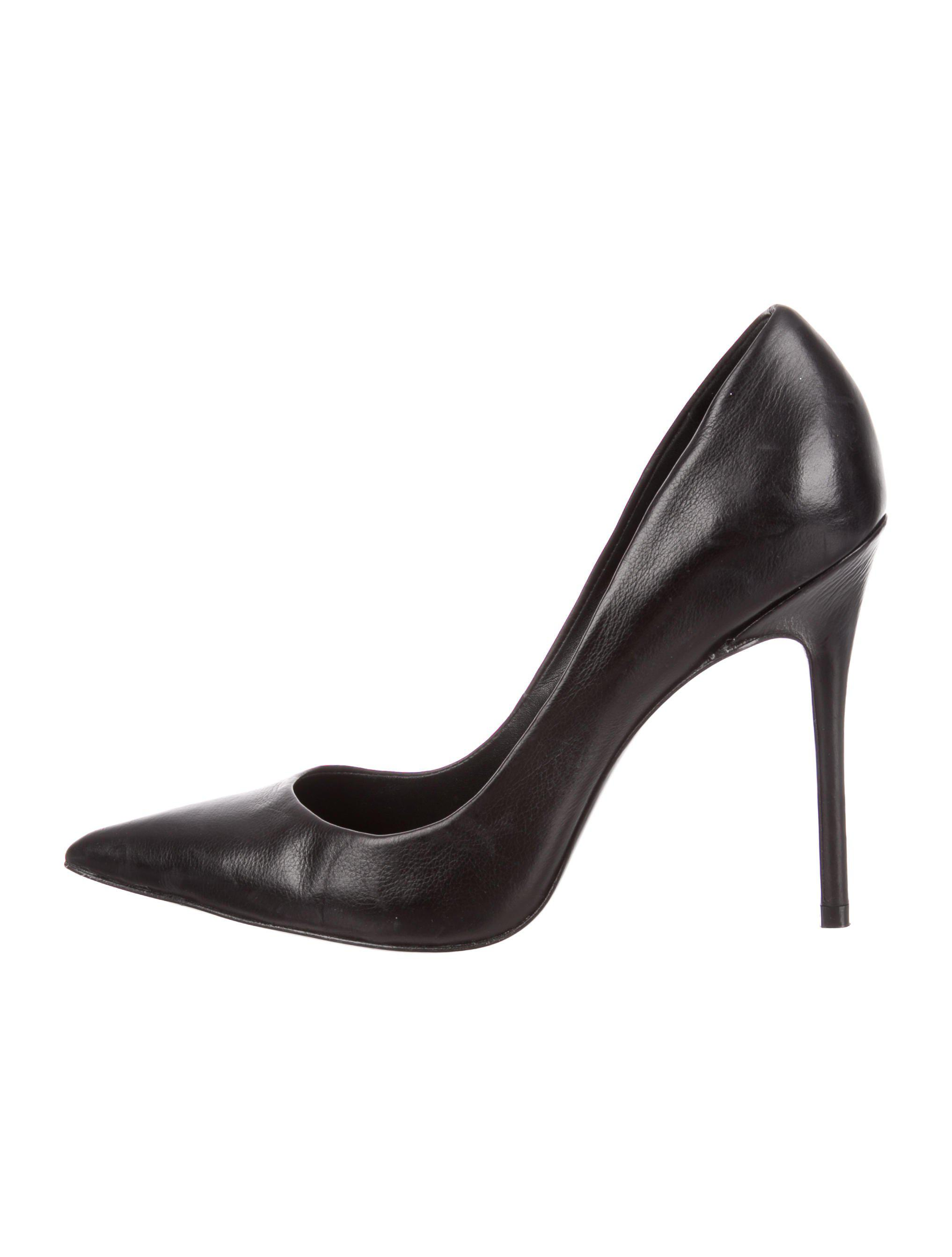 2888c32124cd94 Lyst - Theyskens  Theory Pointed-toe Leather Pumps in Black