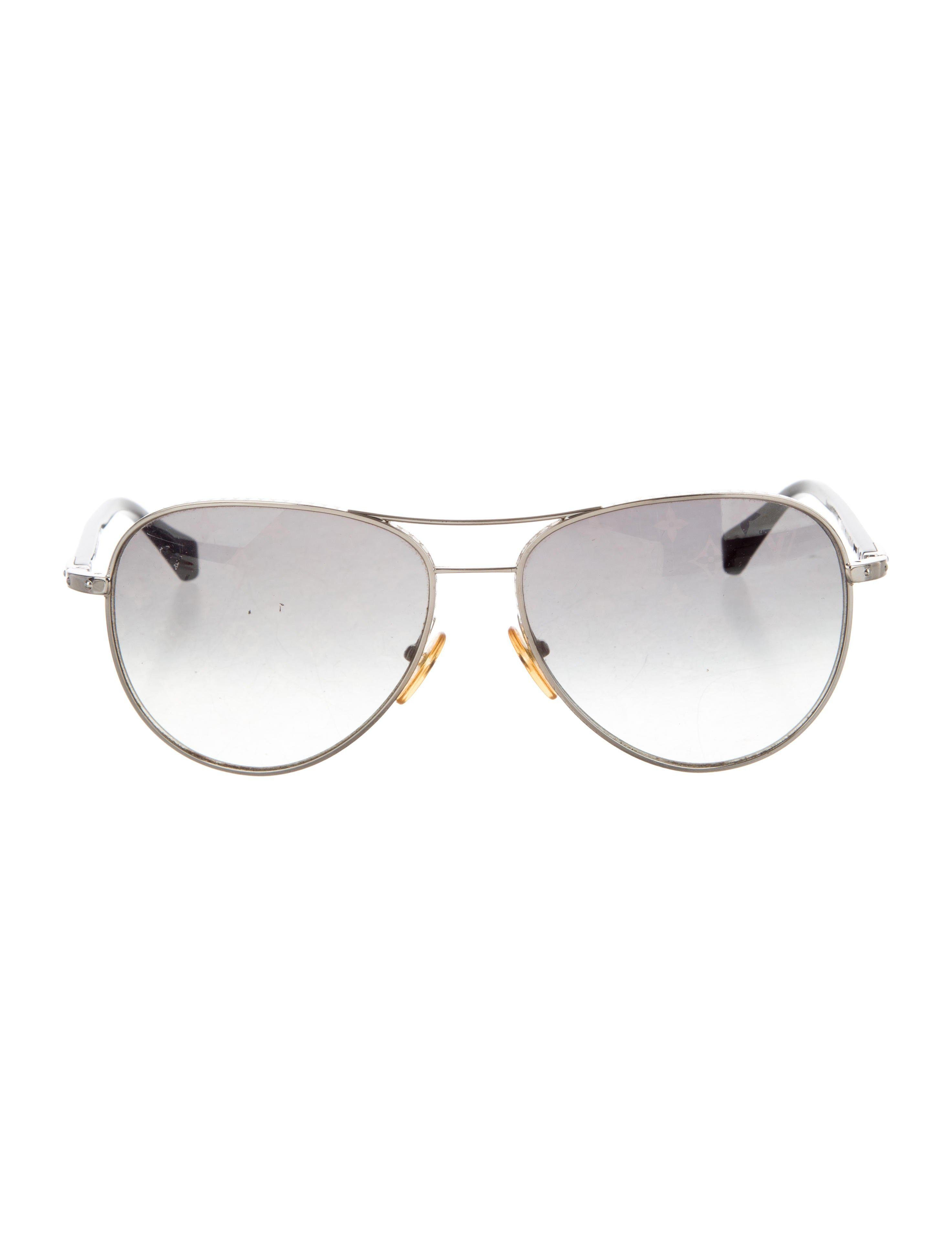 ba9745cfbb5 Lyst - Louis Vuitton Conspiration Pilote Sunglasses Silver in Metallic