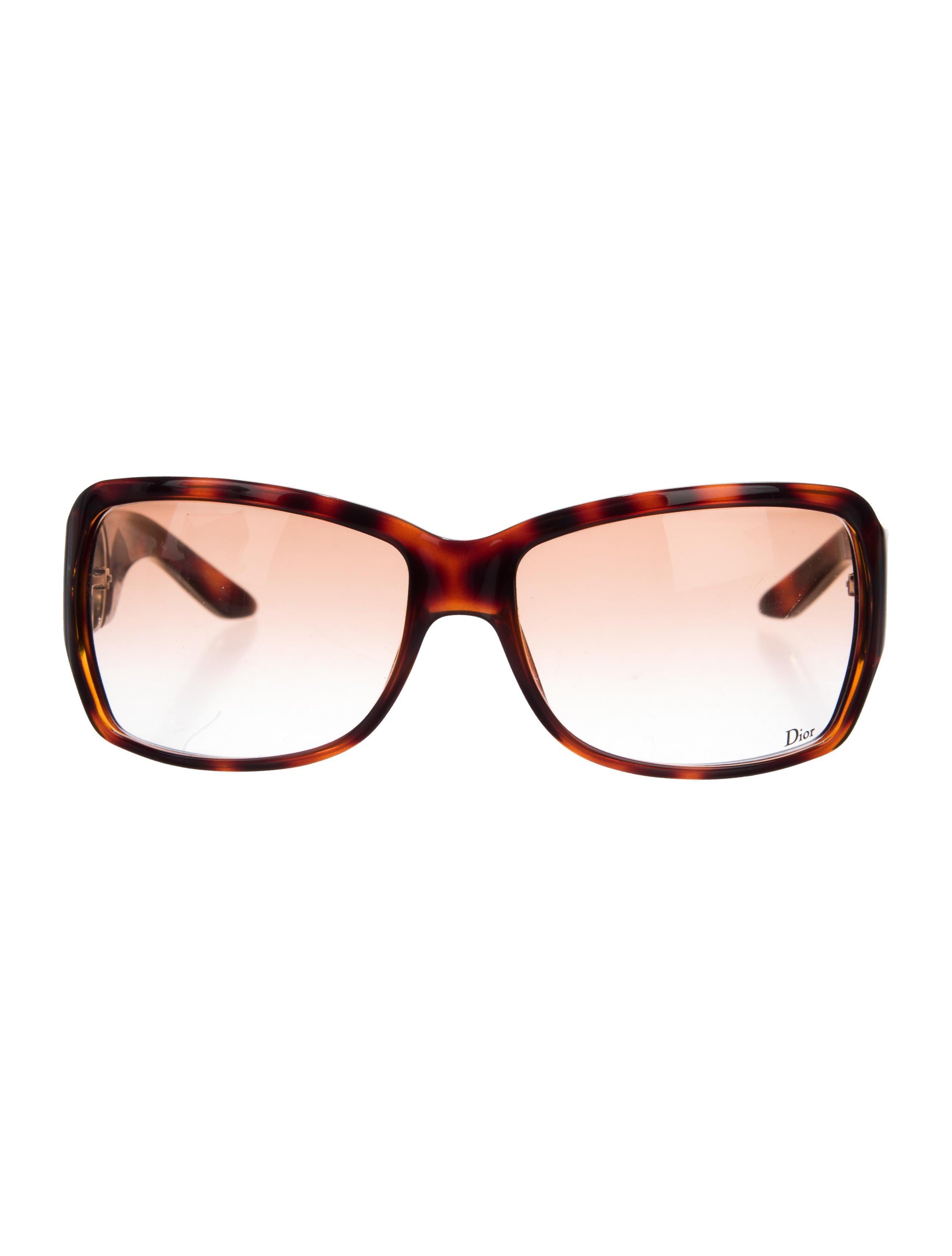 73a8d6988e4 Lyst - Dior Day 1 Sunglasses Brown in Metallic