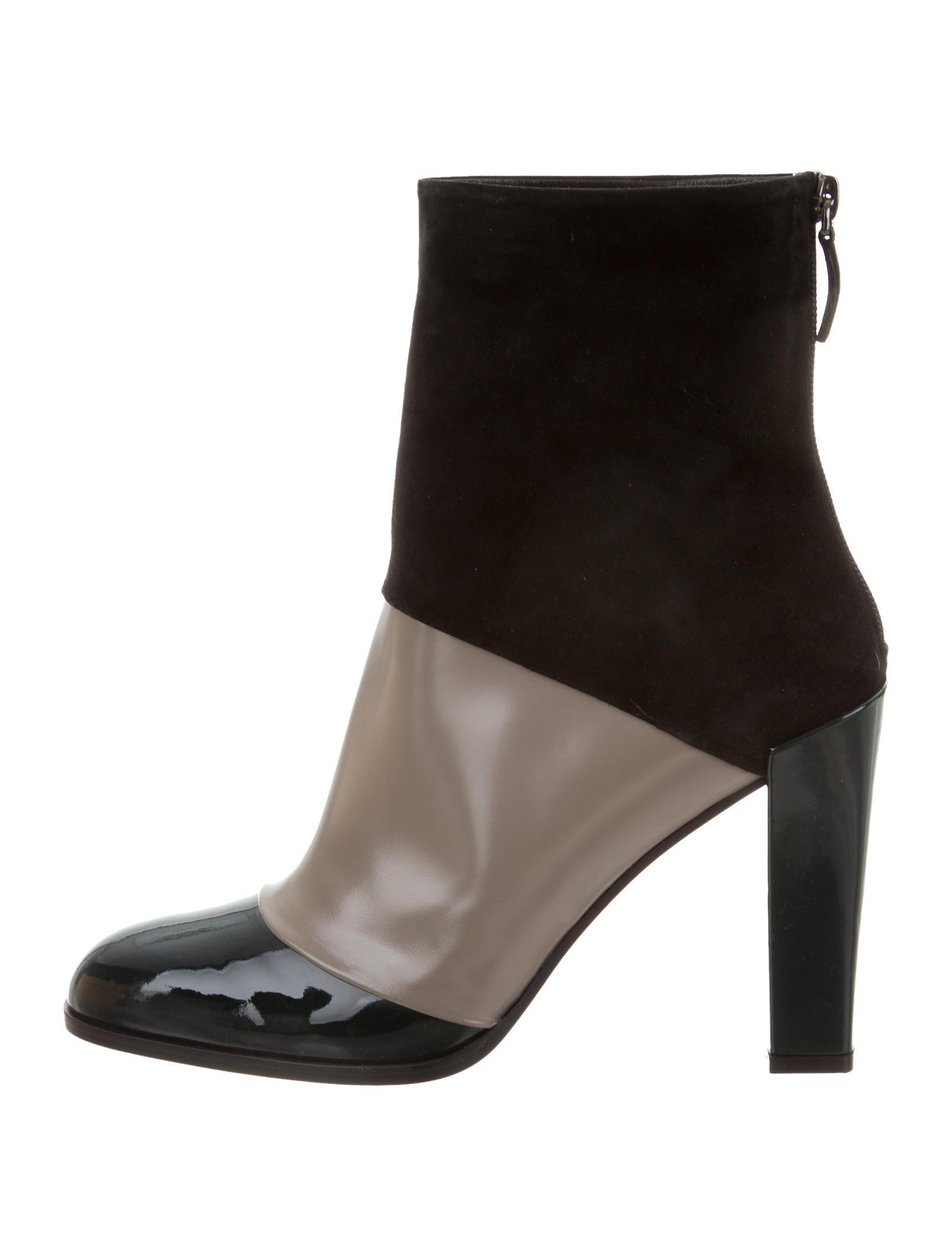 60508c00f19046 Lyst - Roger Vivier Round-toe Colorblock Ankle Boots W/ Tags in Black