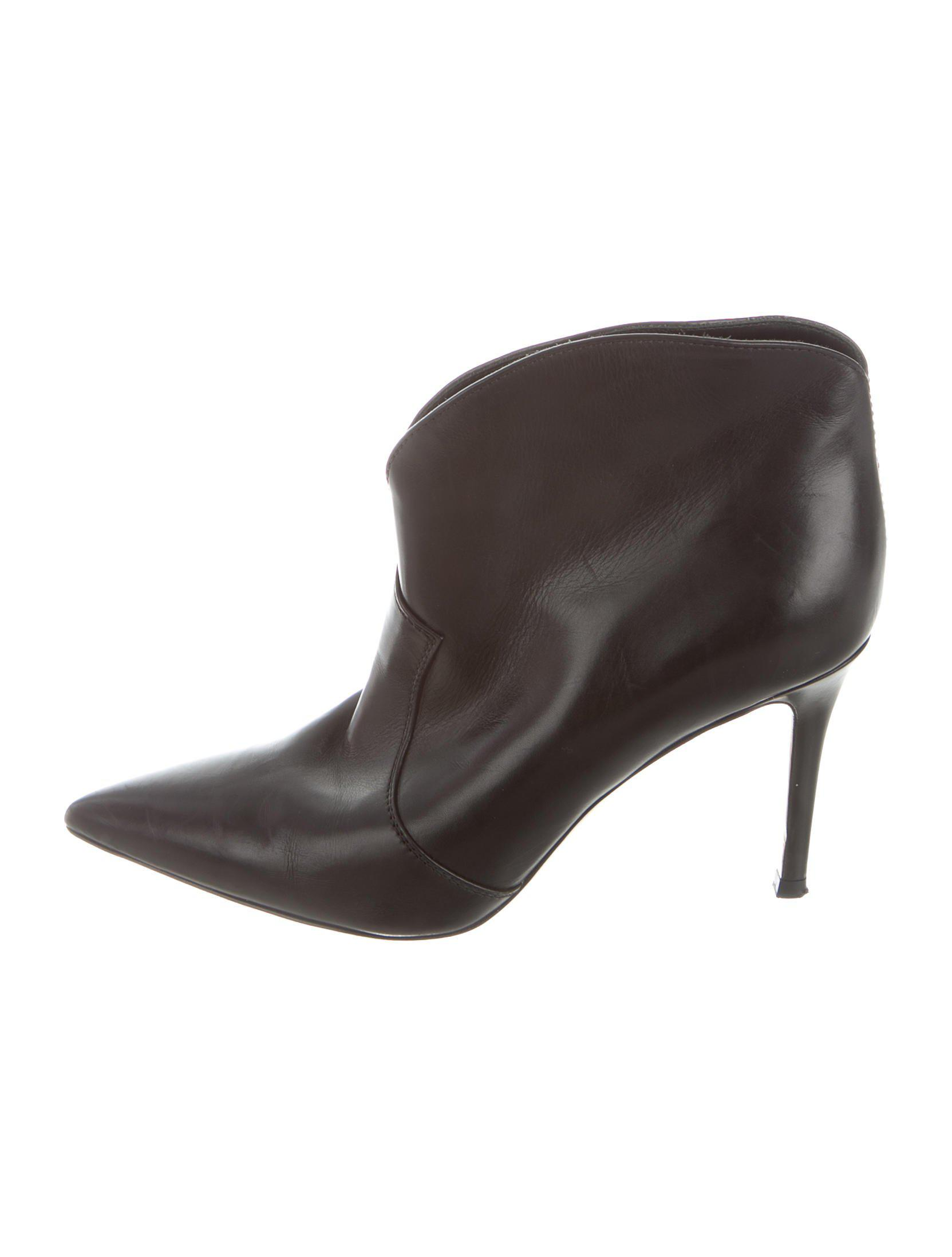 Black Pointed Toe Ankle Boots Gianvito Rossi Cheap Countdown Package Top Quality For Sale Outlet Wholesale Price Outlet Many Kinds Of Discount Visit jUPIqHl6