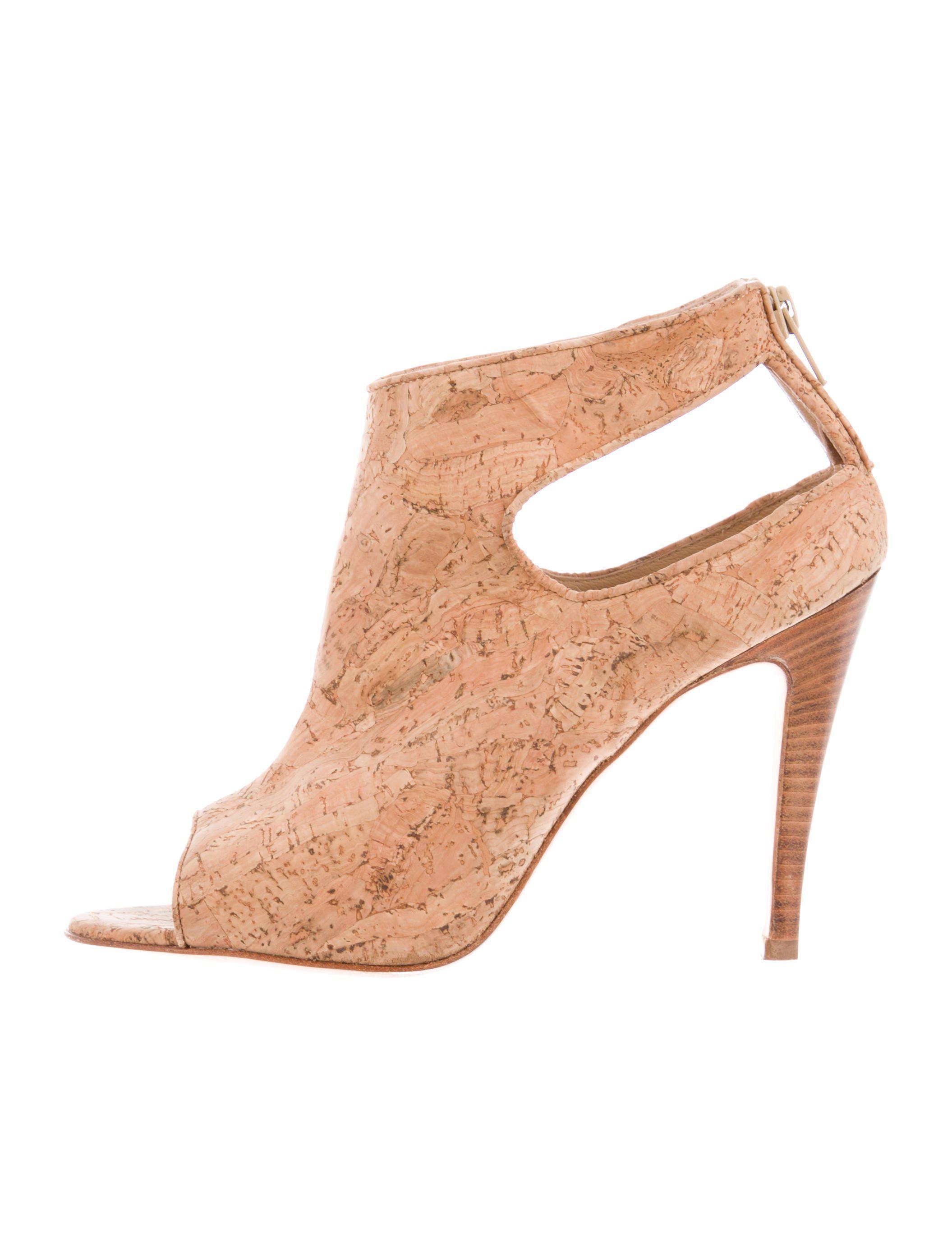 060718169ee Lyst - Manolo Blahnik Cork Cutout Sandals Tan in Natural