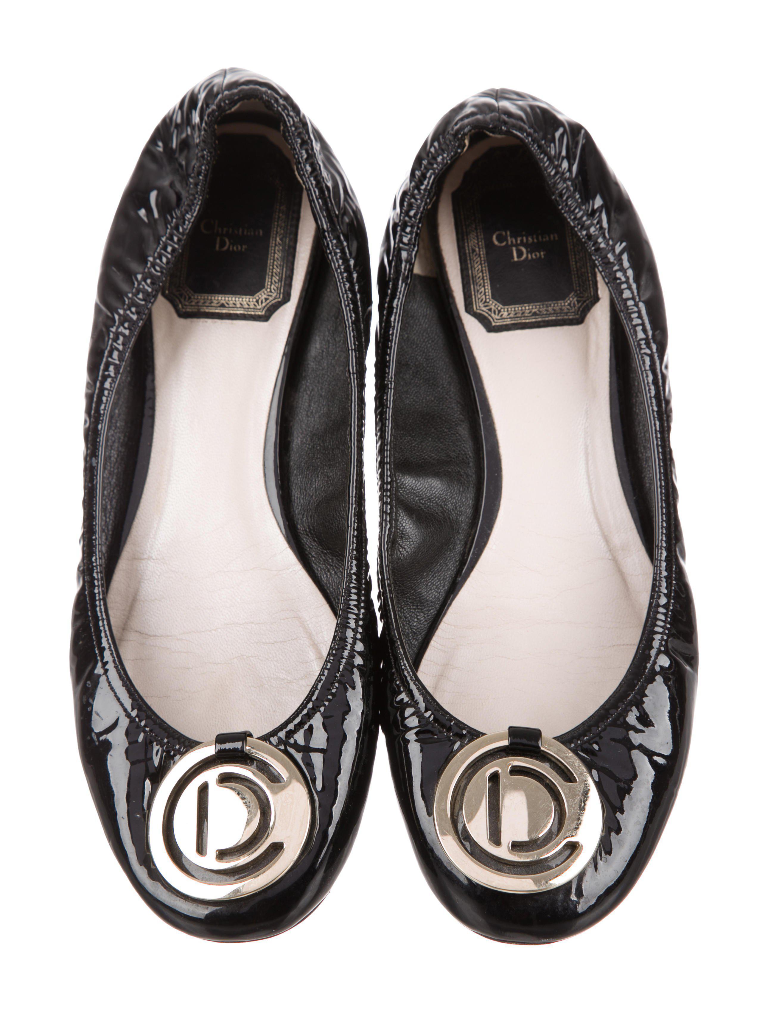 7727d6f2f Lyst - Dior Patent Leather Round-toe Flats Black in Metallic