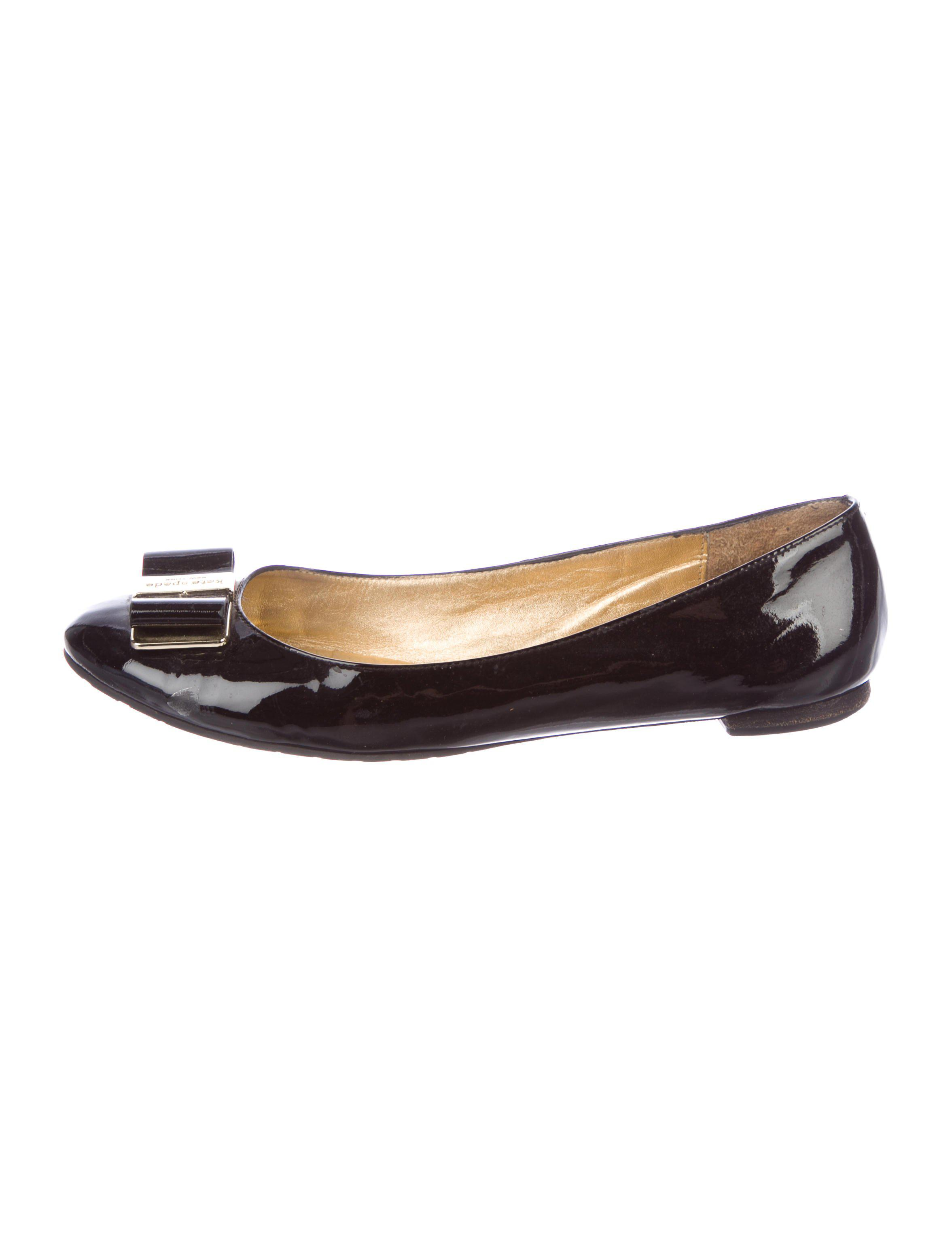 c9d9275bce4a Lyst - Kate Spade Patent Leather Bow Flats Black in Metallic
