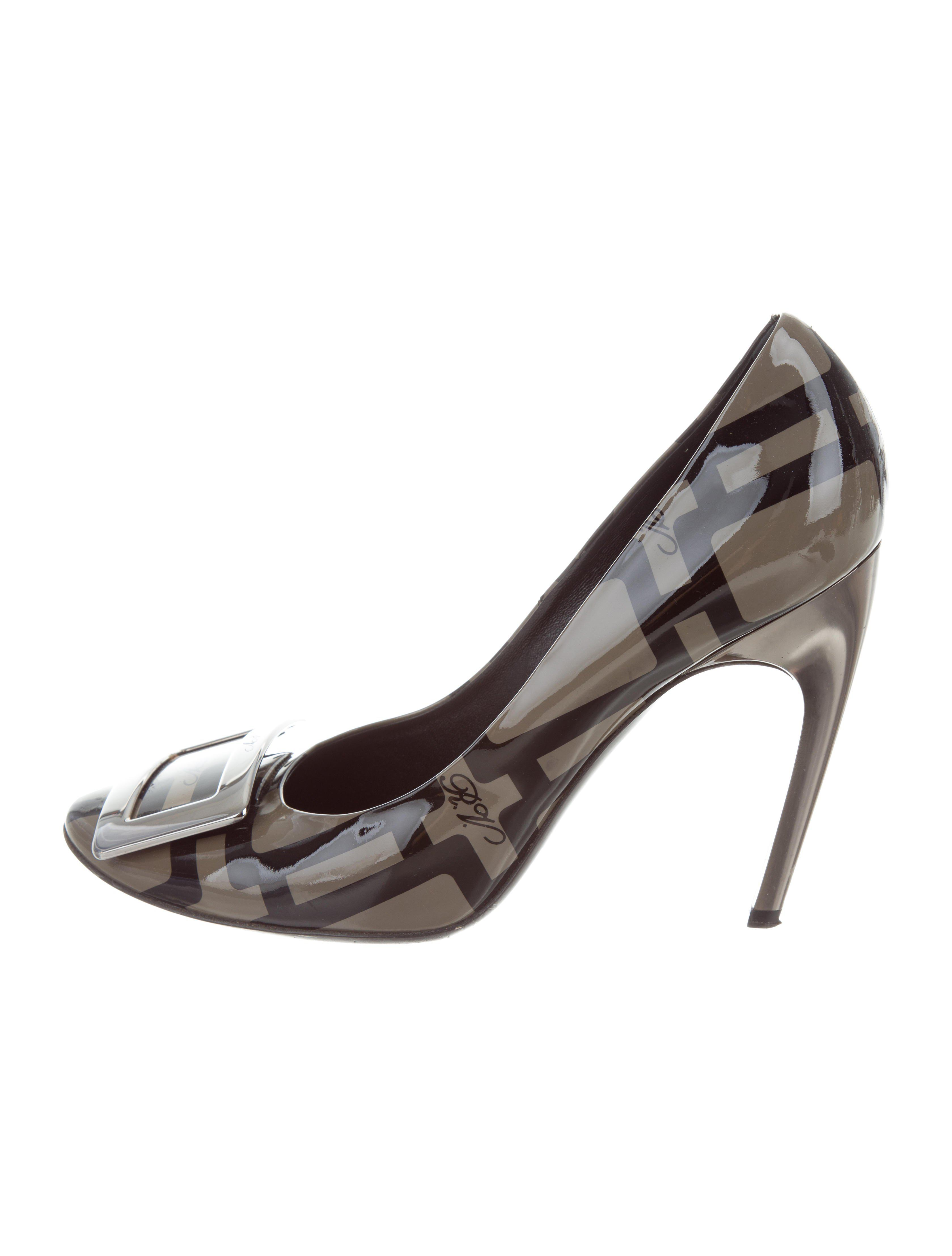 Roger Vivier Printed Buckle-Accented Pumps for cheap c7z0GR