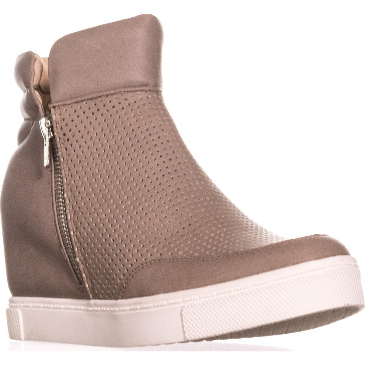 e8341872efd Steve Madden Linqsp Perforated Wedge Fashion Sneakers in Gray - Lyst