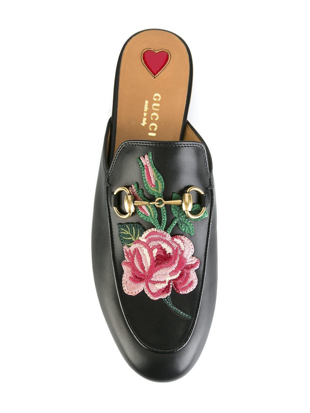dec6160fd0b9 Lyst - Gucci Flower Patch Slippers