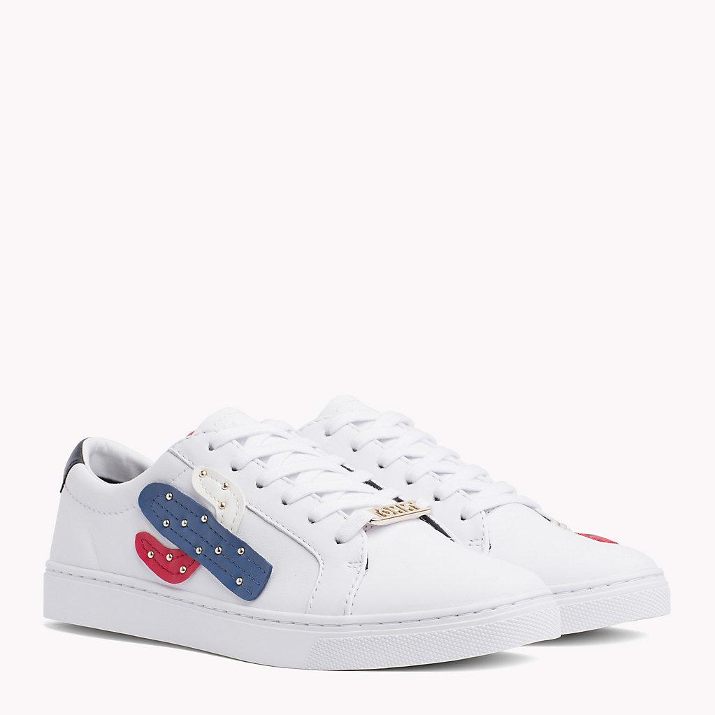 d1706b7279f Tommy Hilfiger Embellished Leather Trainers in White - Lyst
