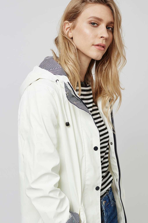 Topshop White Rain Mac in White | Lyst
