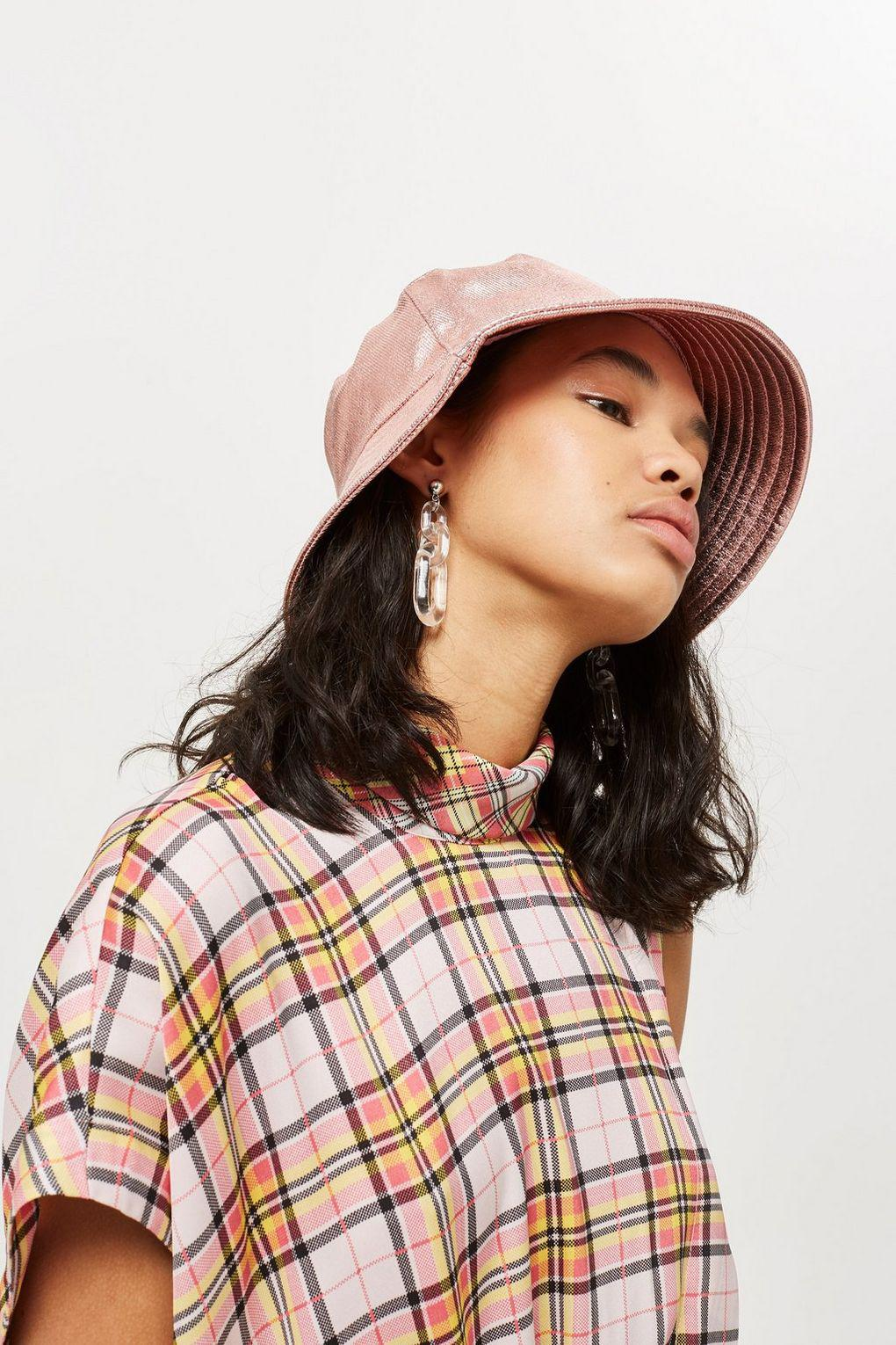 d5bb822992d Lyst - TOPSHOP Metallic Bucket Hat in Pink