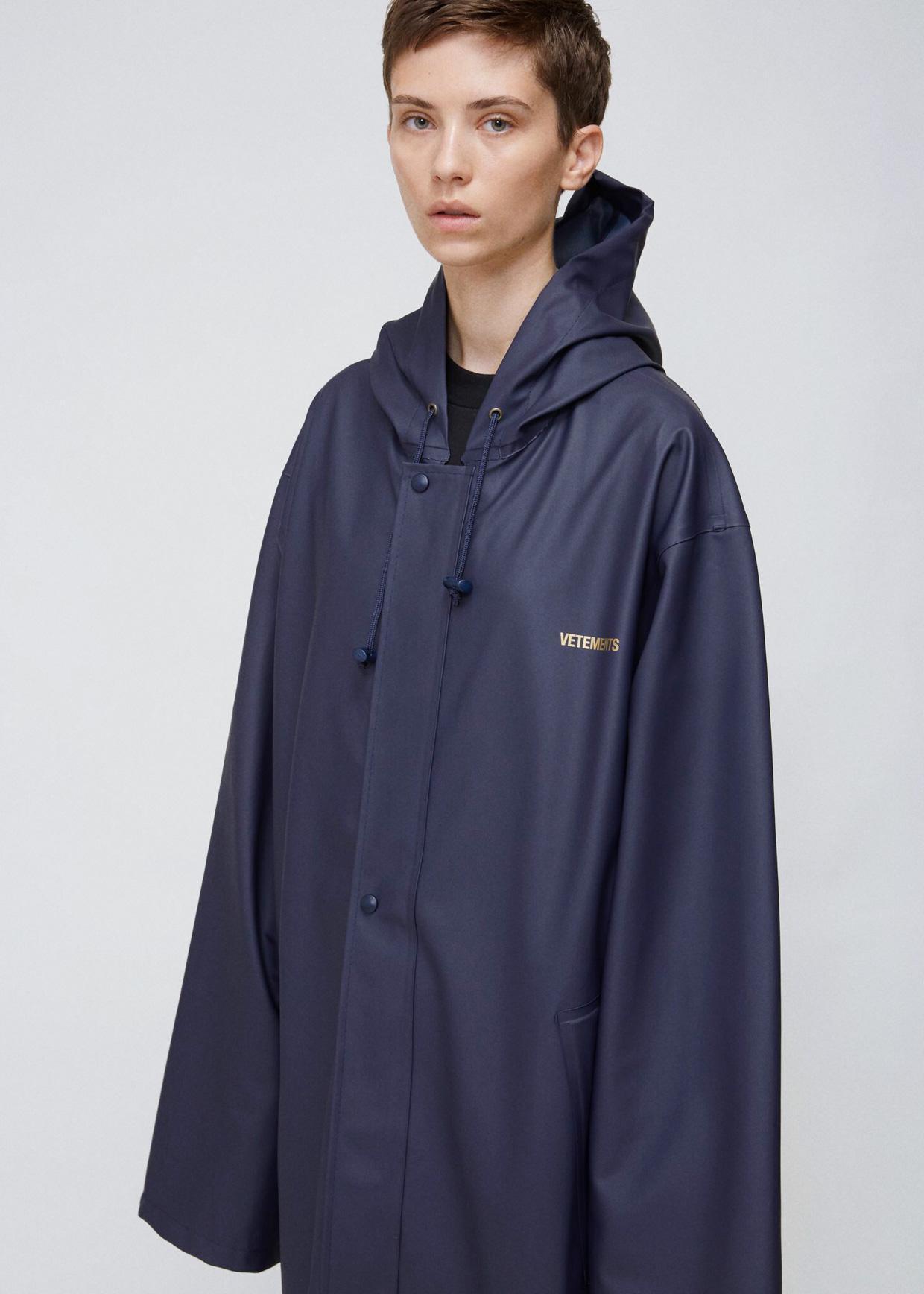 Lyst Vetements Navy Raincoat In Blue