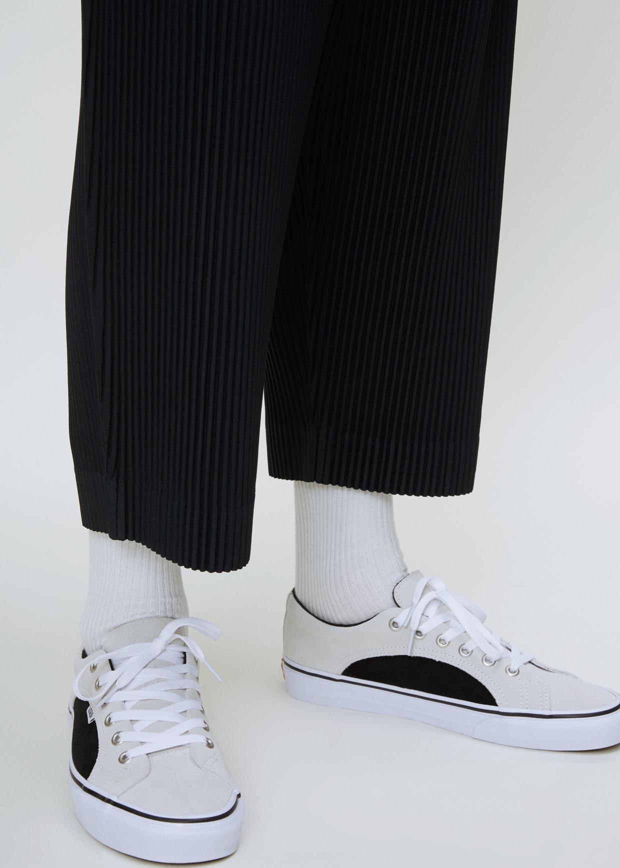 b2825b396f Lyst - Vans True White   Black Ua 2-tone Suede Lampin Sneaker in ...