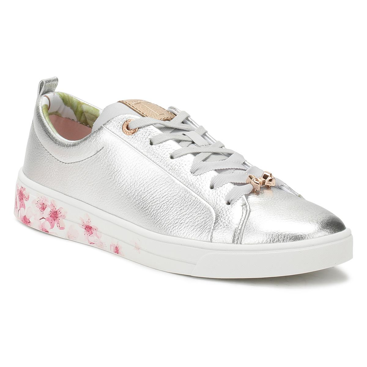 4a62ce143dfd92 Ted Baker Womens Silver Kelleip Trainers in Metallic - Lyst