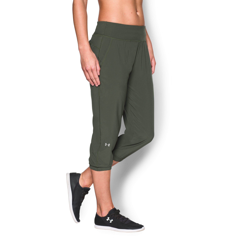 Lyst - Under Armour Women s Ua Heatgear® Sunblock 50 Pants in Green c284e81bc