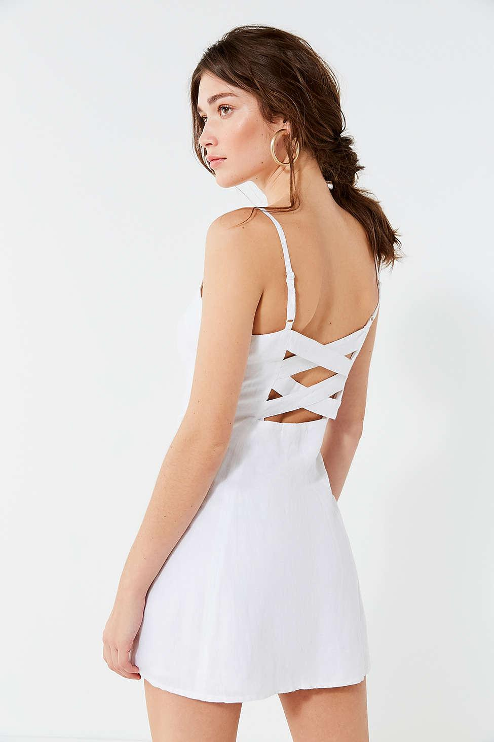 b09aa460a7c Gallery. Previously sold at  Urban Outfitters · Women s White Linen Dresses