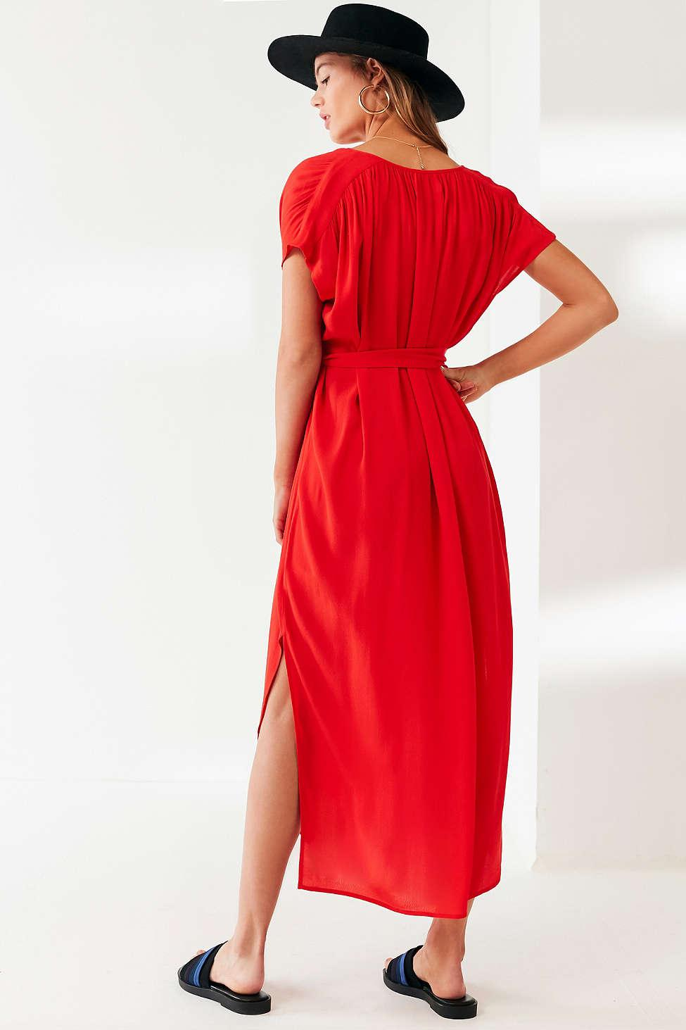 e182af4b6d Lyst - Urban Outfitters Uo Notch Neck Belted Midi Dress in Red