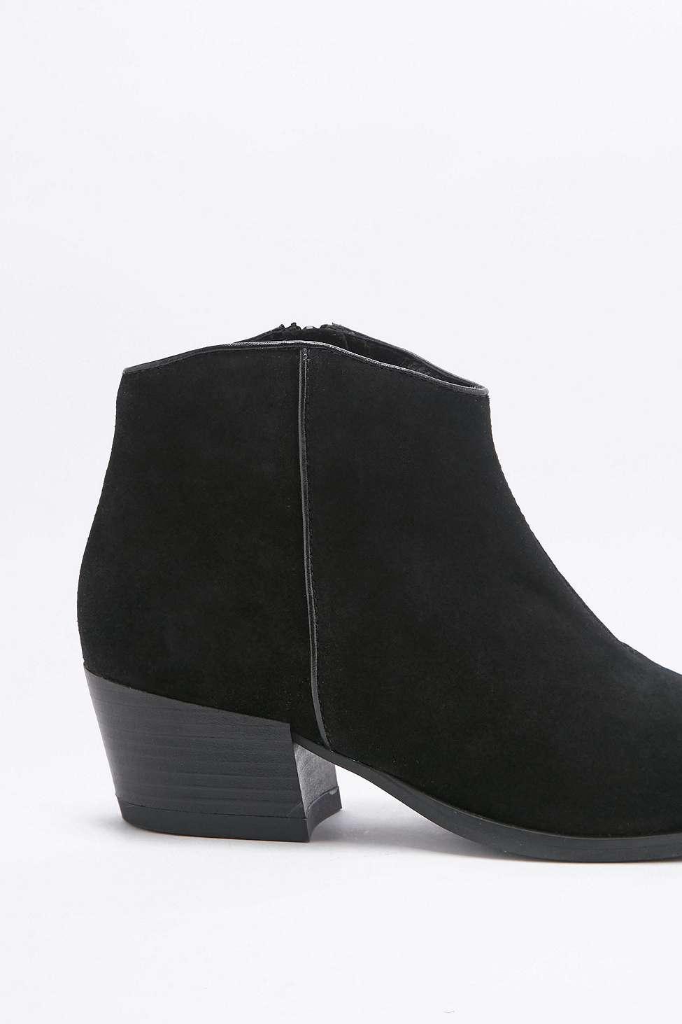 vagabond mandy western black suede ankle boots in black lyst. Black Bedroom Furniture Sets. Home Design Ideas