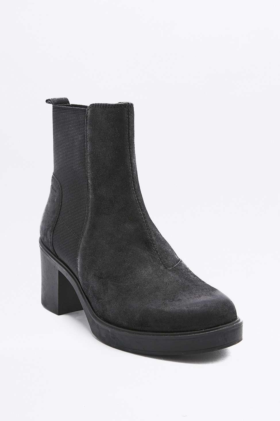 vagabond tilda black nubuck leather chelsea ankle boots in black lyst. Black Bedroom Furniture Sets. Home Design Ideas