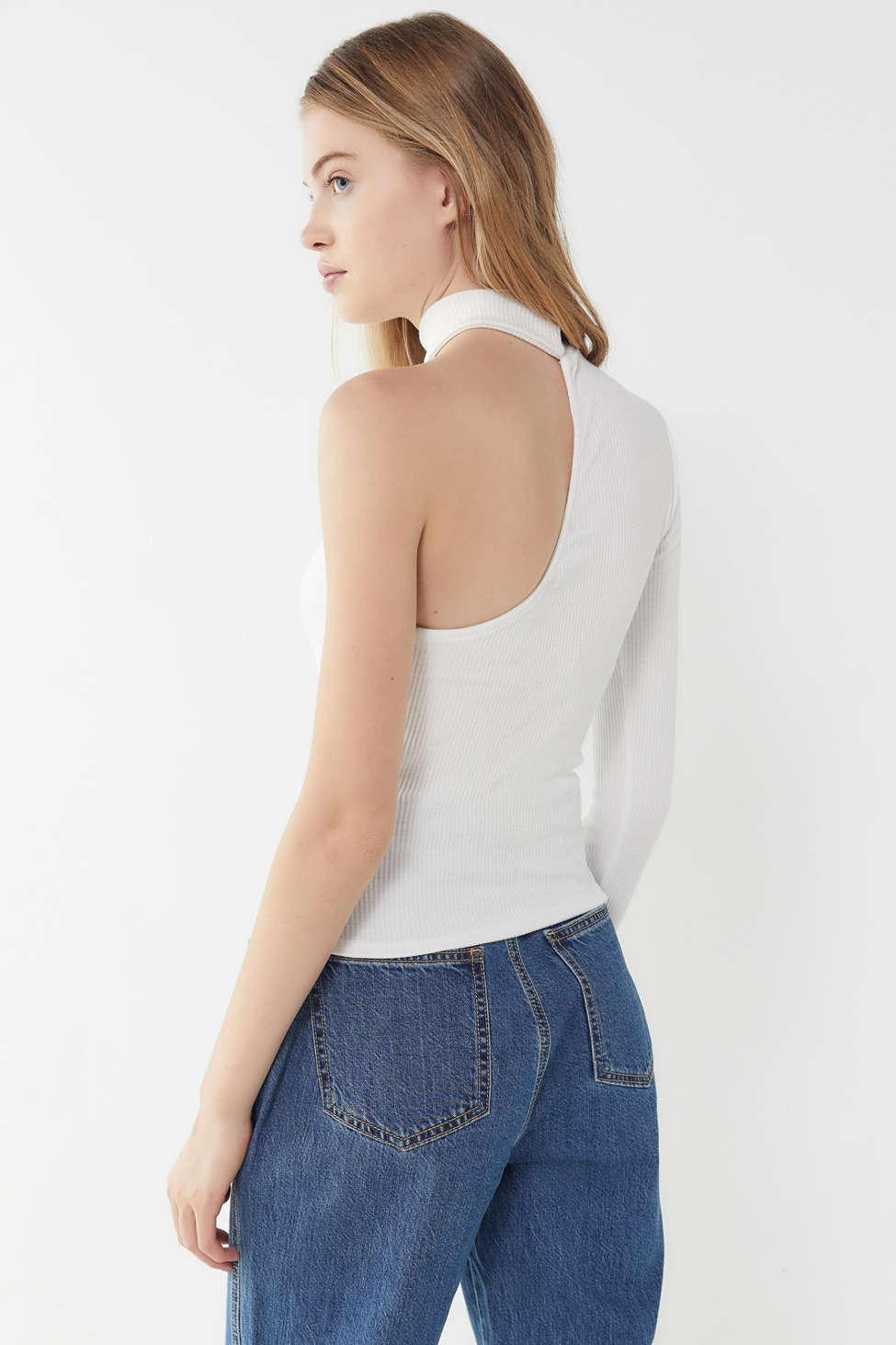 ce7a761677f Urban Outfitters Uo Mia One-shoulder Mock-neck Top in White - Lyst