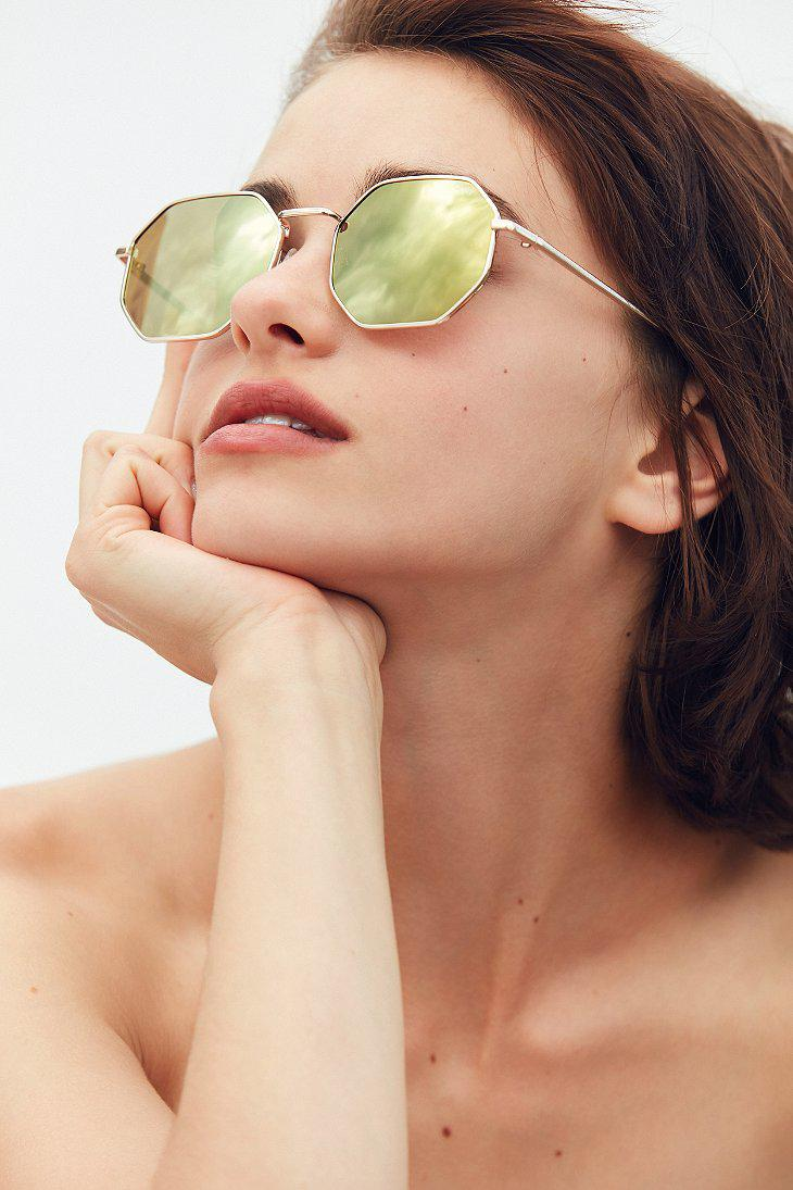 8d3fd27a491 Lyst - Quay On A Dime Geometric Sunglasses in Metallic