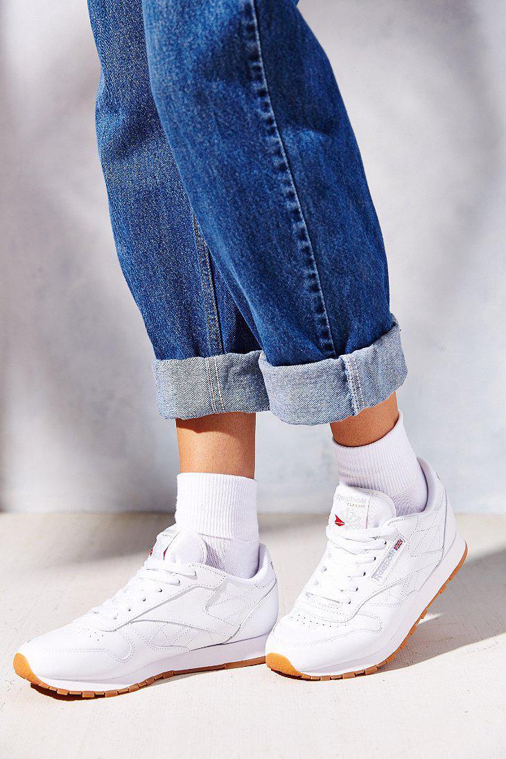 Reebok Classic Gum Sole Sneaker in White - Lyst 83fc69986f