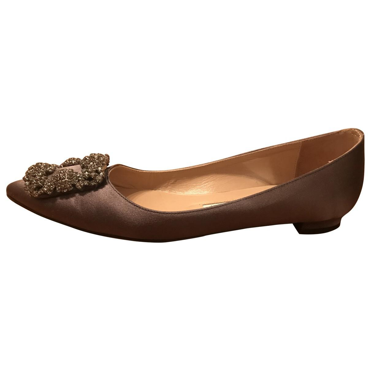 ad67bc2a7c12 Lyst - Manolo Blahnik Hangisi Cloth Ballet Flats in Gray