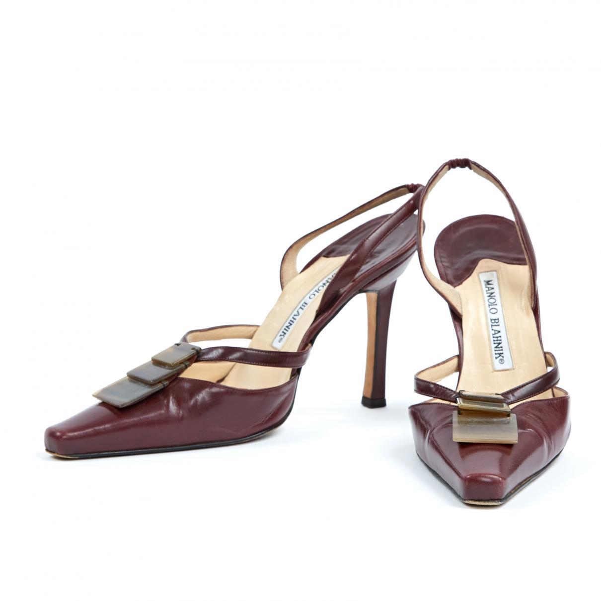 c158c63a0131b Lyst - Manolo Blahnik Burgundy Leather Sandals