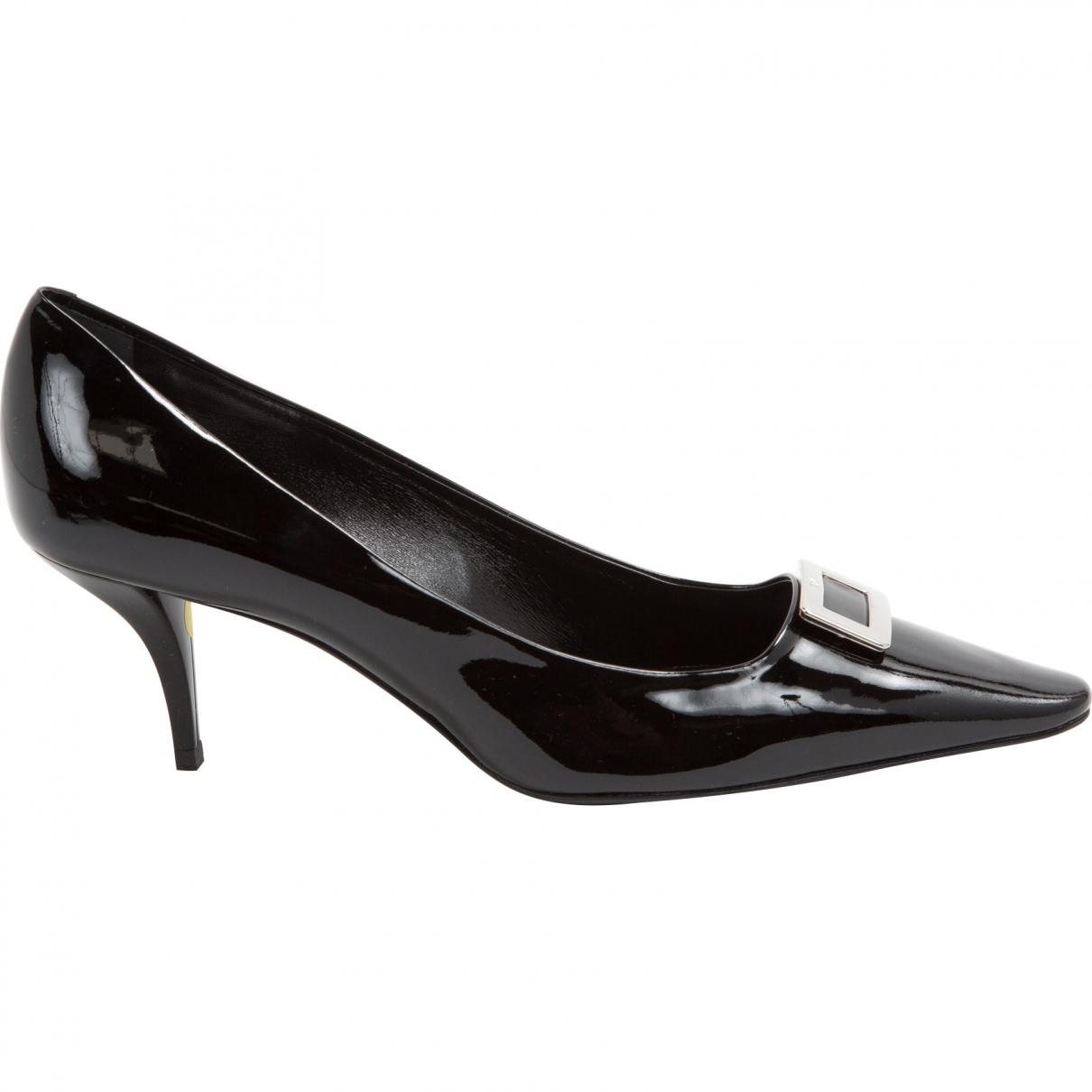 Pre-owned - PATENT LEATHER COURT SHOES Roger Vivier zK0J2