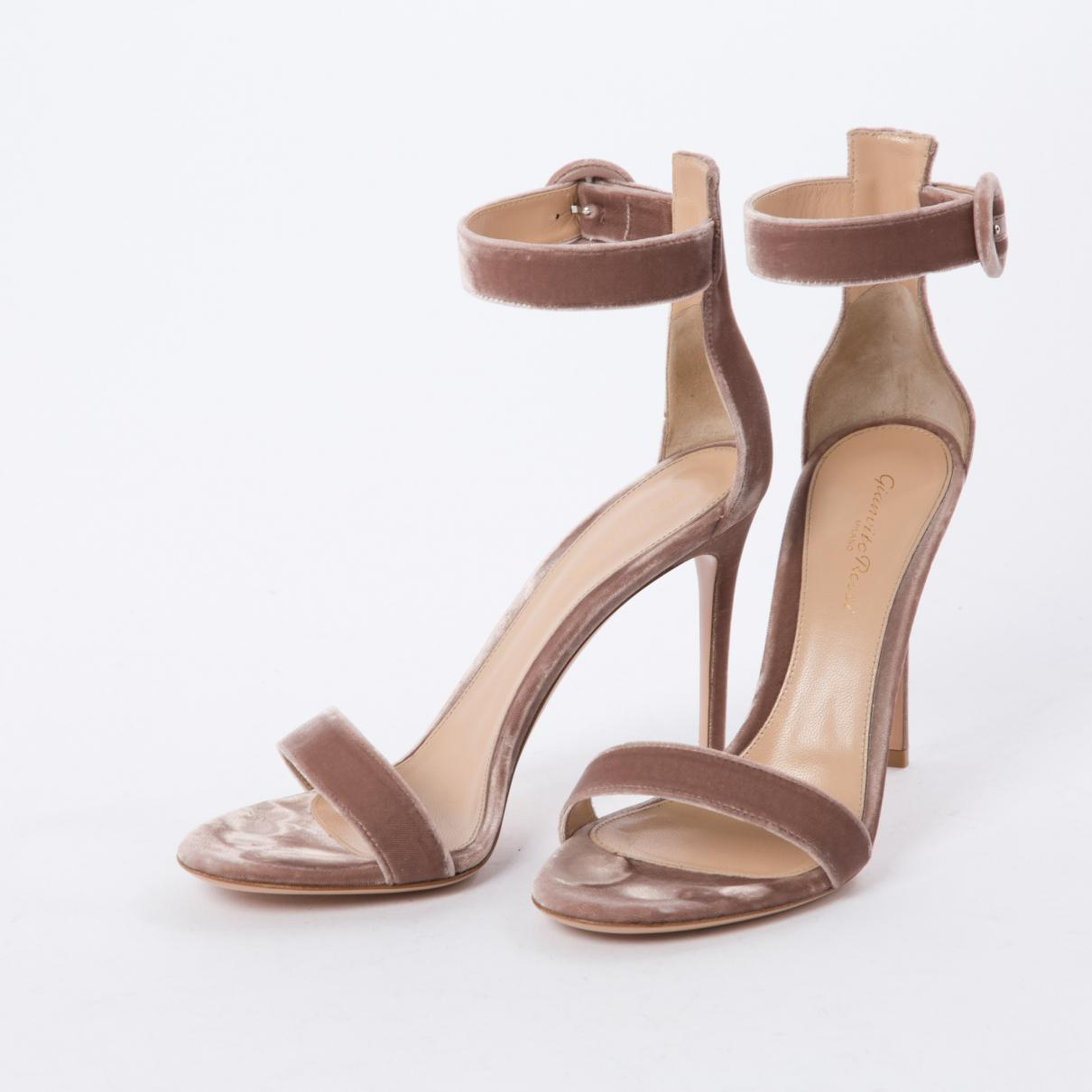 Pre-owned - Velvet sandals Gianvito Rossi ejVOAVtO
