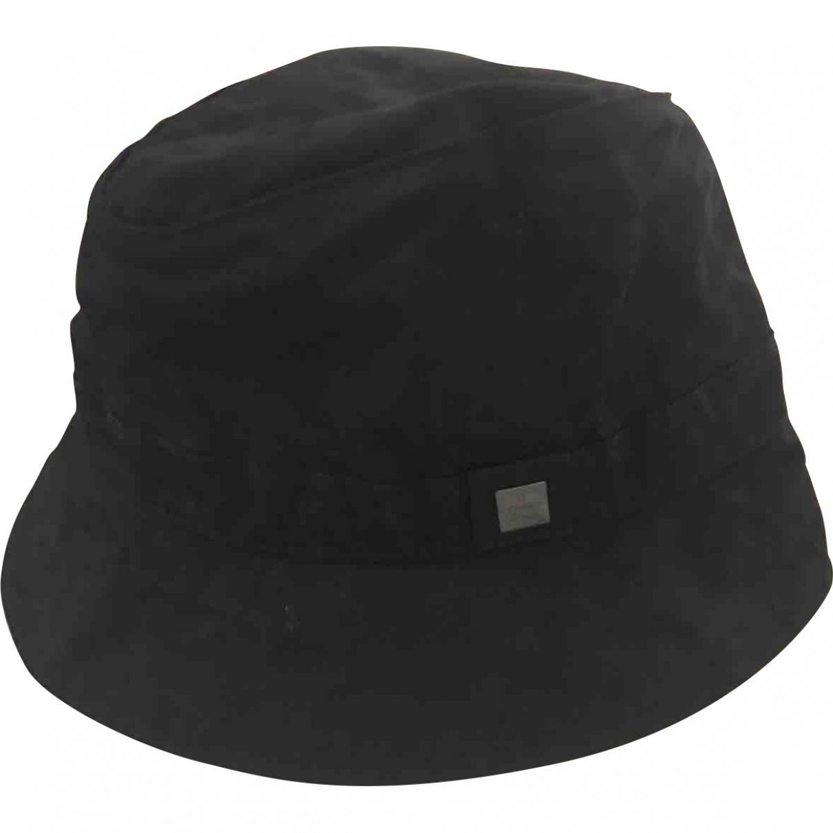 bb80b665793 Lyst - Fendi Pre-owned Black Cloth Hats in Black