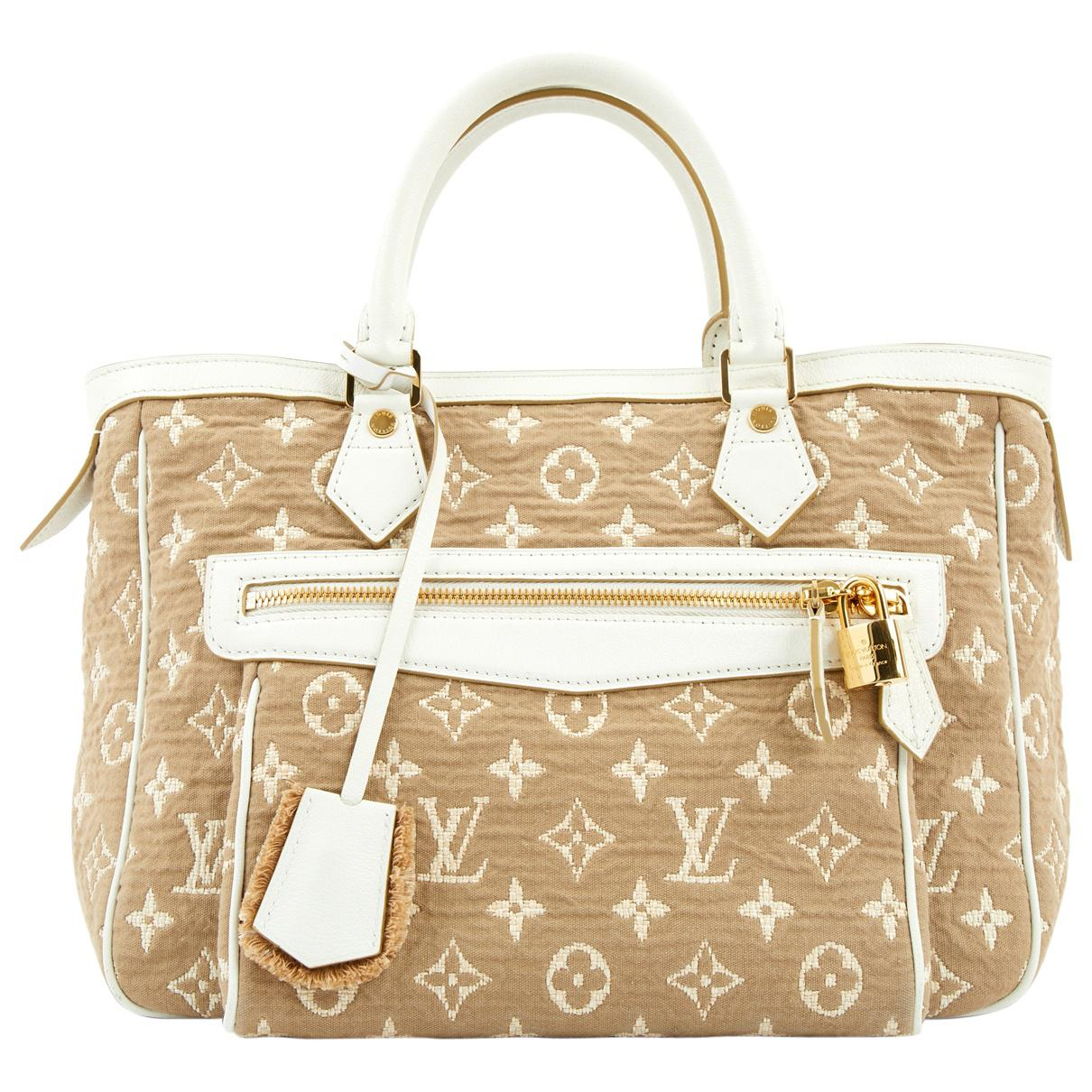 0555d890c915 Louis Vuitton Pre-owned Cloth Bag in Natural - Lyst