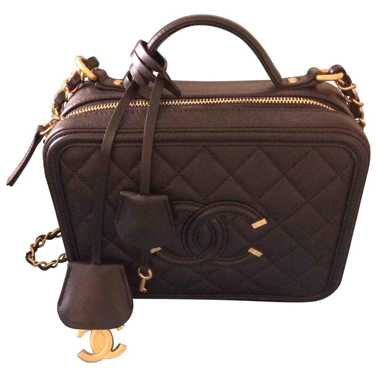 2319efc951c3 Lyst - Chanel Vanity Leather Crossbody Bag in Black