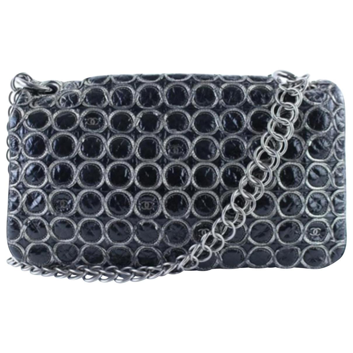 Pre-owned - Camera patent leather handbag Chanel KDOMDi2ab